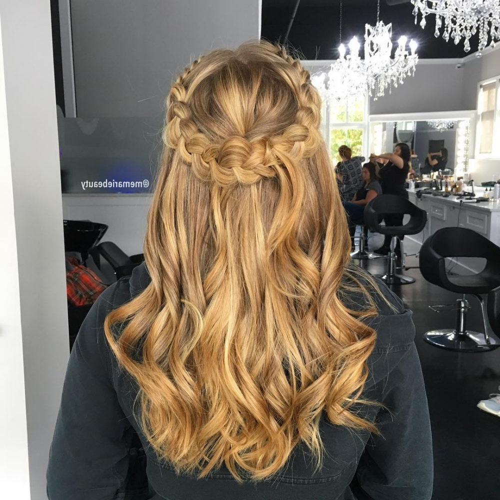 Princess Hairstyles: The 26 Most Charming Ideas For 2019 In Newest Princess Like Side Prom Downdos (View 14 of 20)