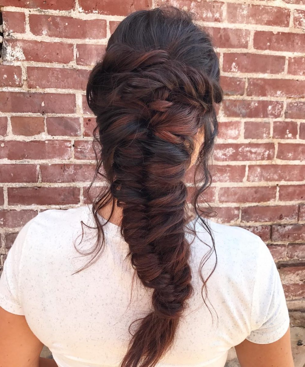 Princess Hairstyles: The 26 Most Charming Ideas For 2019 With Best And Newest Princess Like Side Prom Downdos (View 17 of 20)