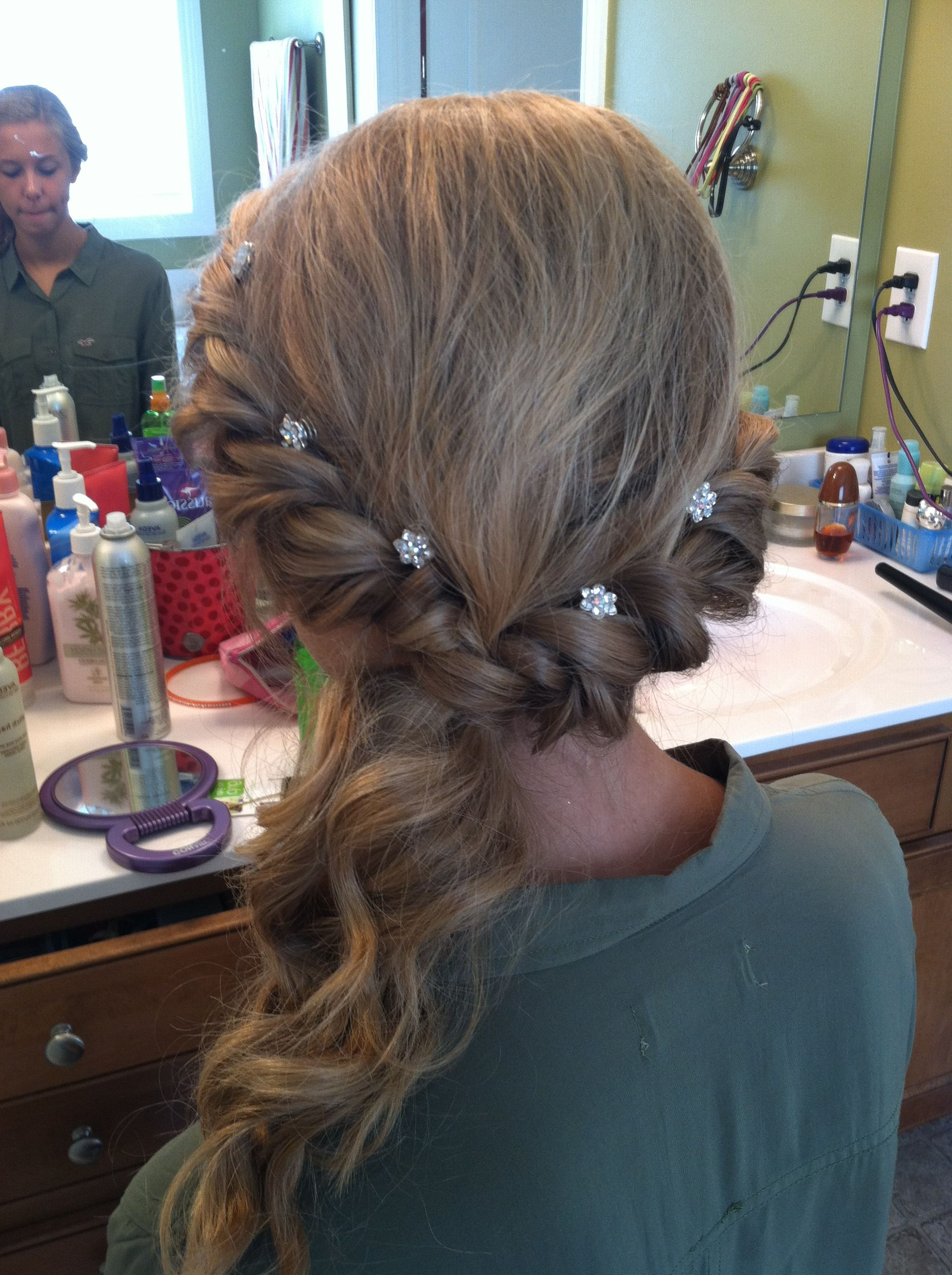 Recent Elegant Braid Side Ponytail Hairstyles With Simple But Elegant Prom Twist And Pulled To The Side W/ Curls (View 10 of 20)