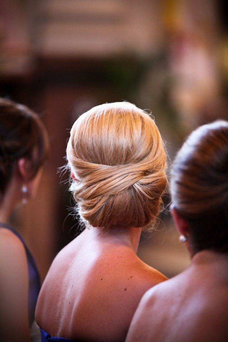 Recent French Roll Prom Hairstyles Inside 25 Fabulous French Twist Updos: Stunning Hairstyles With Twists (View 17 of 20)