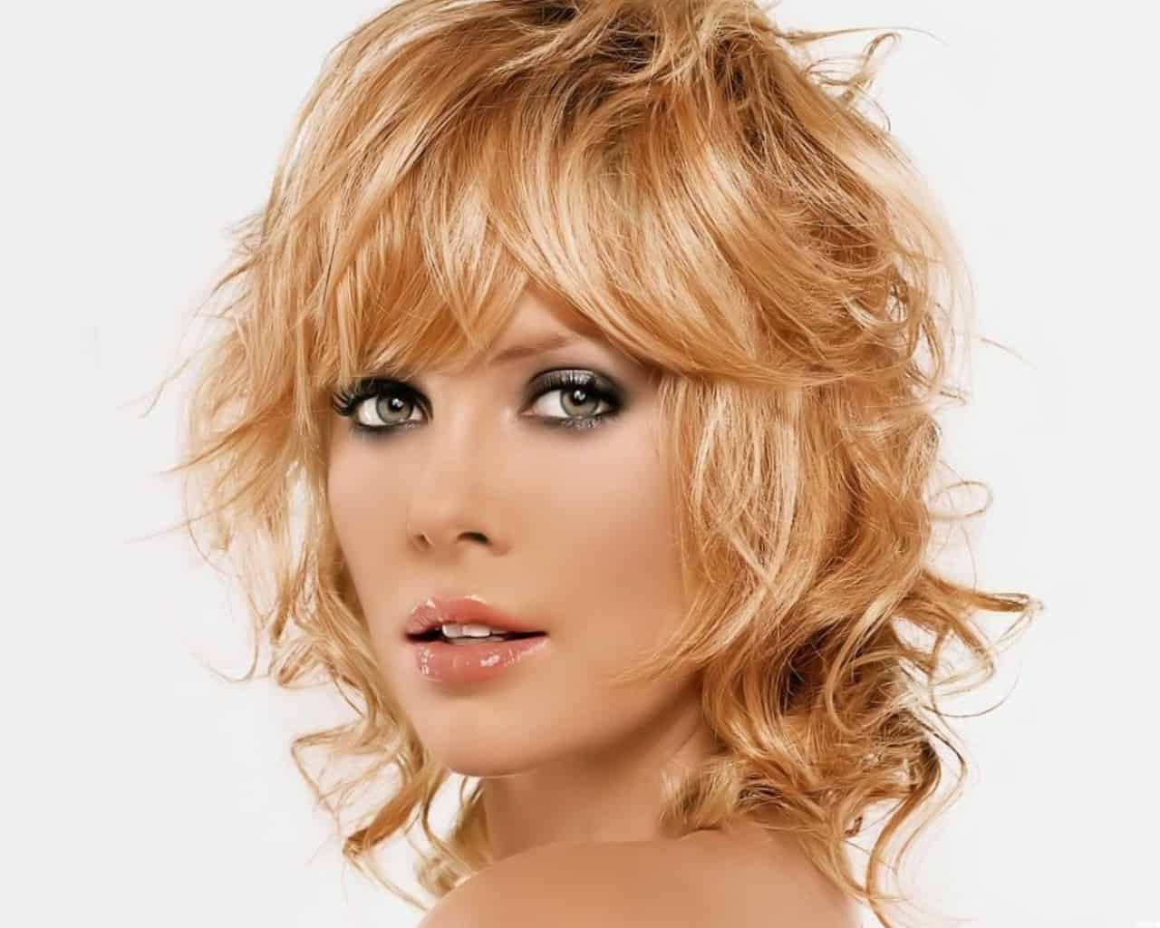 Recent Layered With A Flip For Long Hairstyles Intended For 10 Cute And Fun Short Flip Hairstyles For Summer Romance (View 16 of 20)