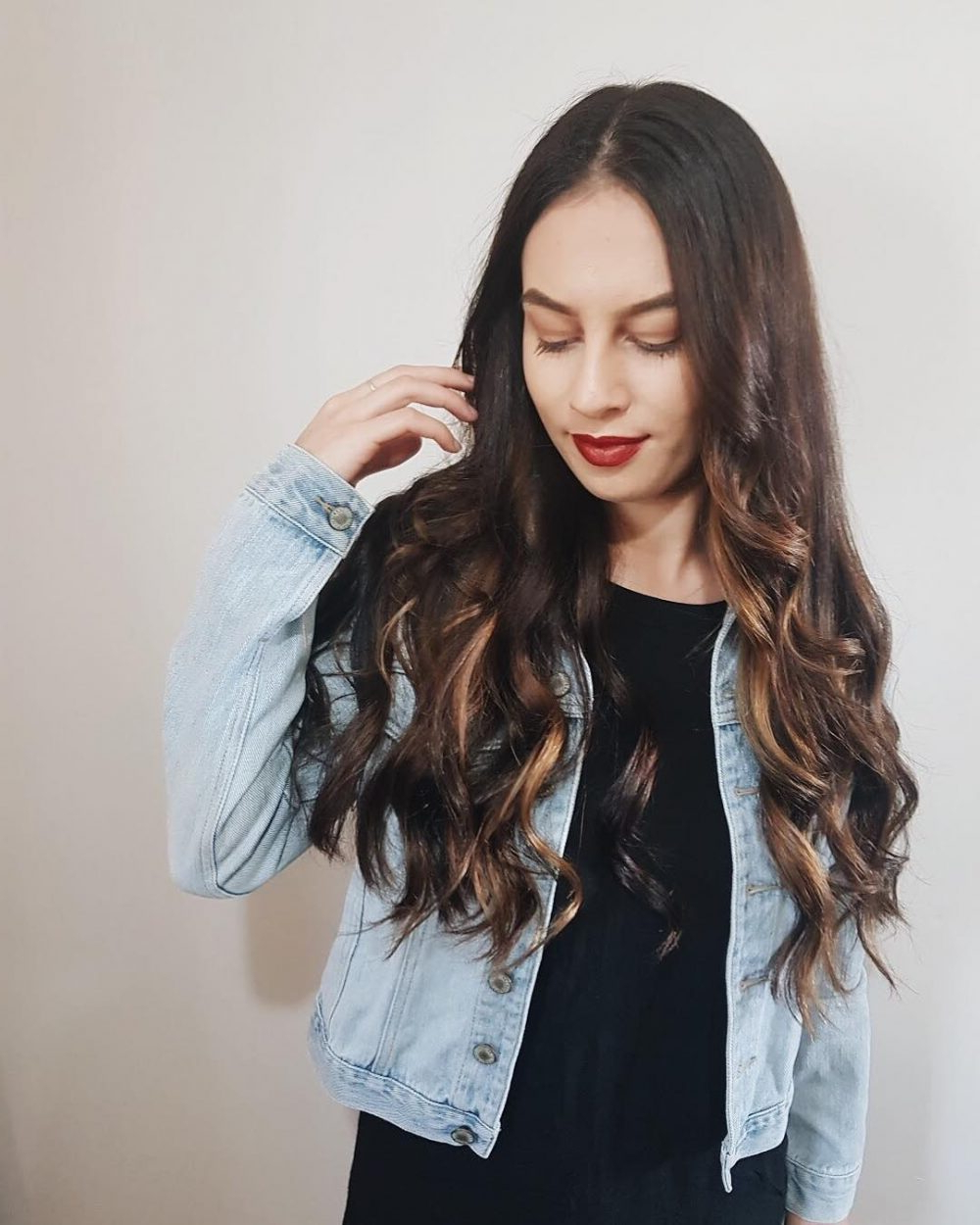 Well Known Long Waves Hairstyles With 24 Long Wavy Hair Ideas That Are Freaking Hot In 2019 (Gallery 13 of 20)