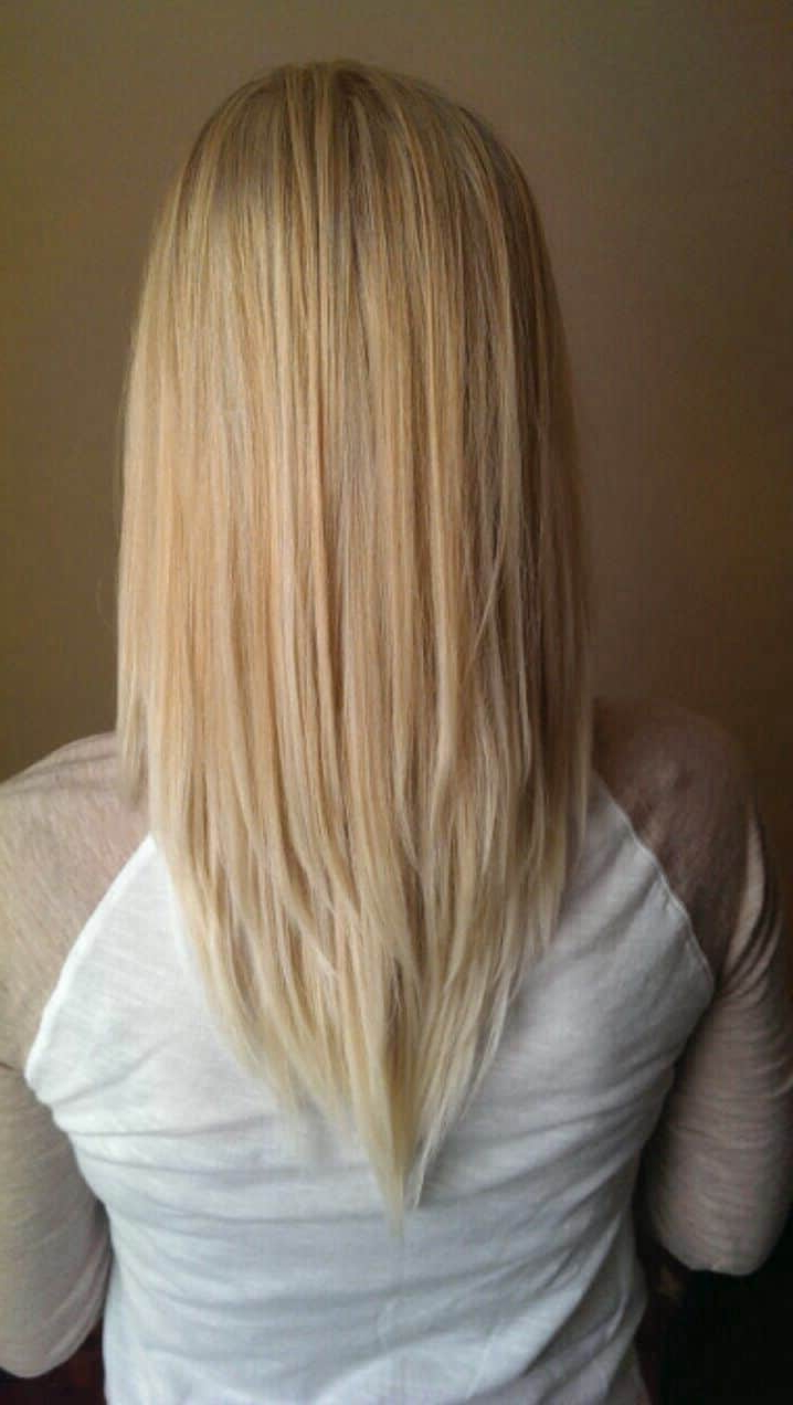 [%Well Known V Cut Layers Hairstyles For Straight Thick Hair In 6 Unbeatable 'v' Shape Haircuts For Women [2019]|6 Unbeatable 'v' Shape Haircuts For Women [2019] Throughout Well Known V Cut Layers Hairstyles For Straight Thick Hair%] (View 1 of 20)