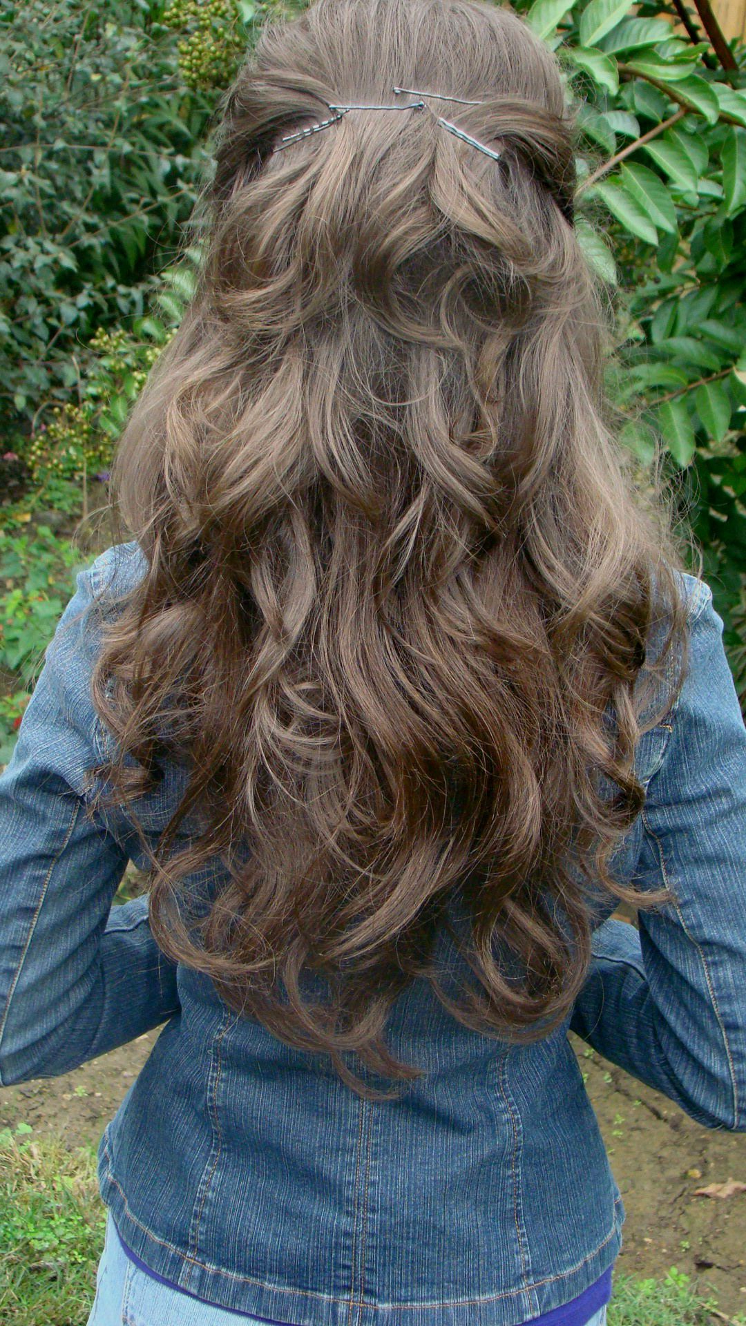 Well Liked Ponytail Layered Long Hairstyles Throughout How To Keep Long Thick Hair Out Of Face (View 19 of 20)