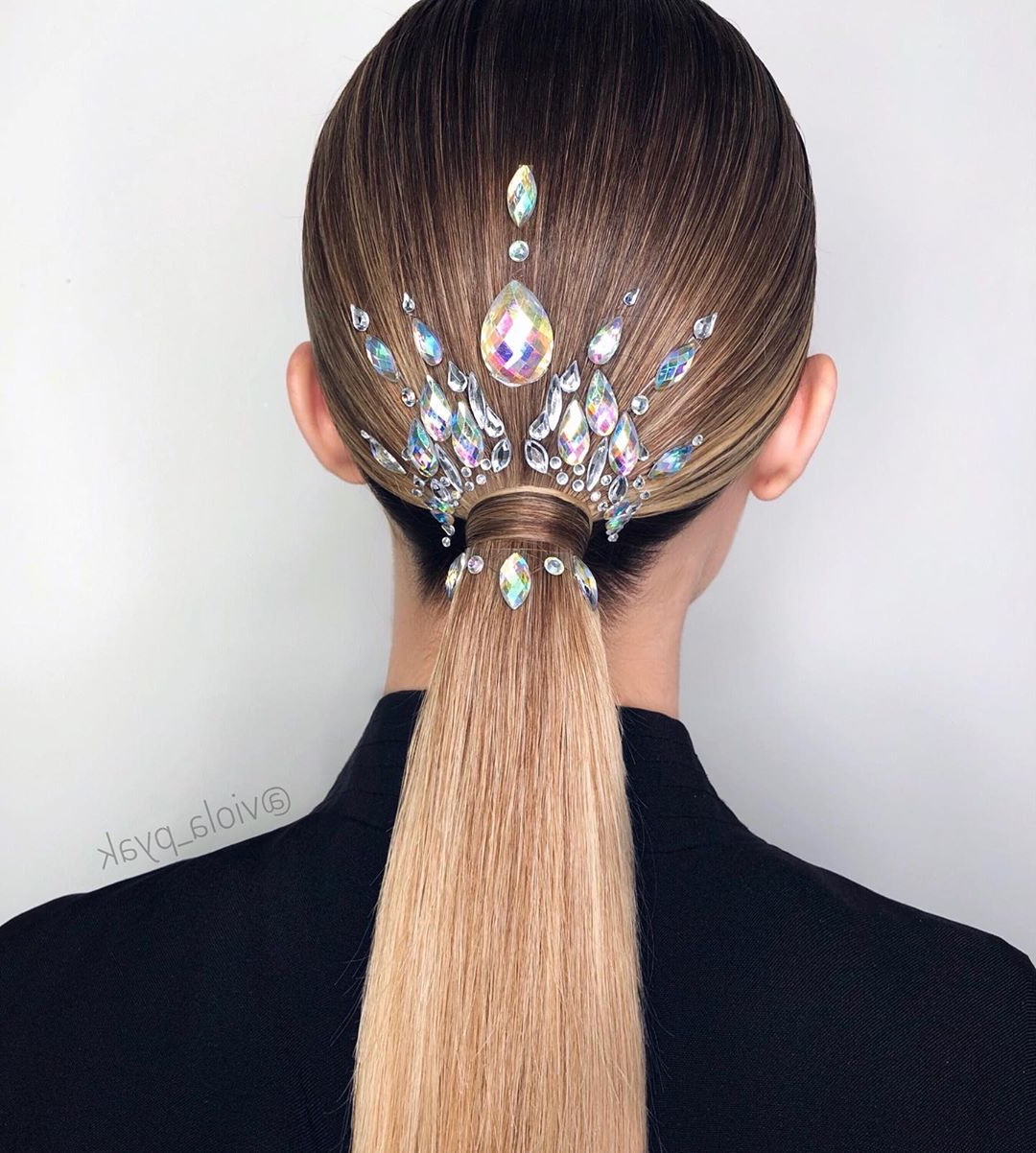 20 Ponytail Ideas And Tutorialsviola Pyak With Latest Stitched Thread Ponytail Hairstyles (View 2 of 20)
