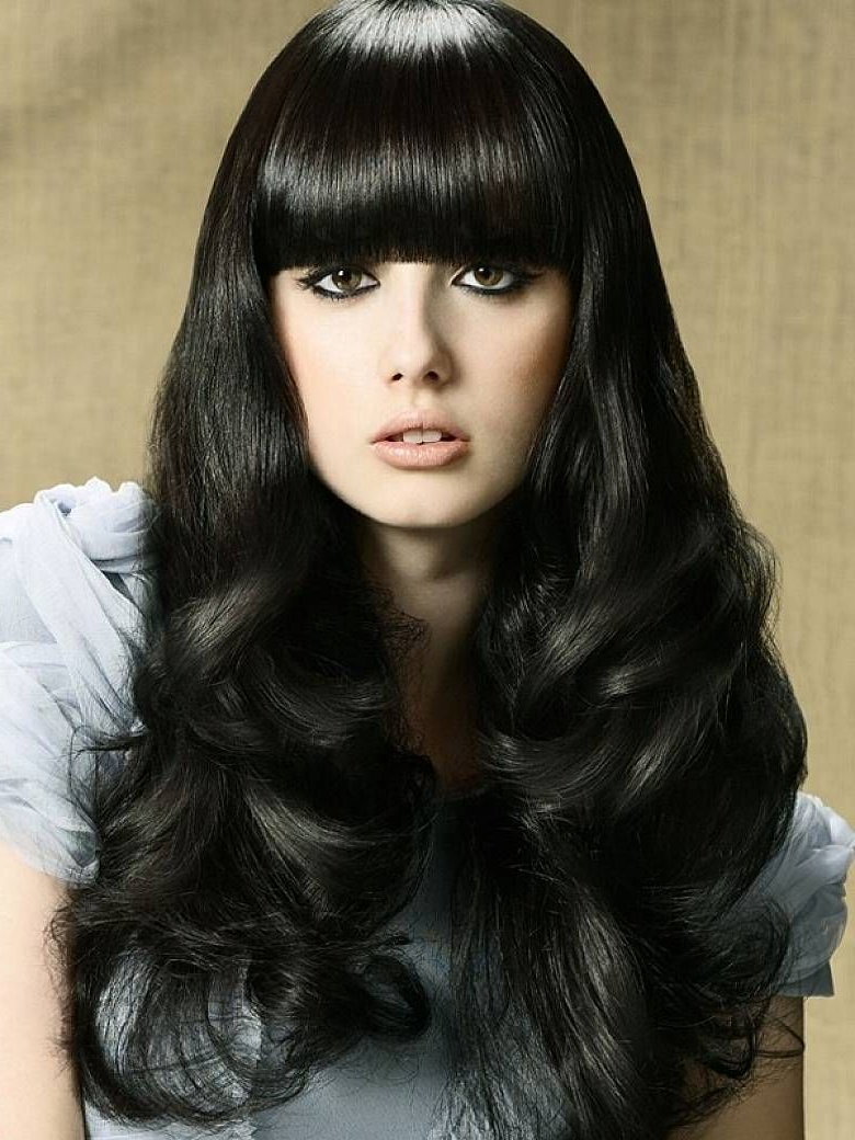 2019 Long Hair And Blunt Bangs Hairstyles Intended For Medium Length Curly Hair With Blunt Bangs Style (View 2 of 20)