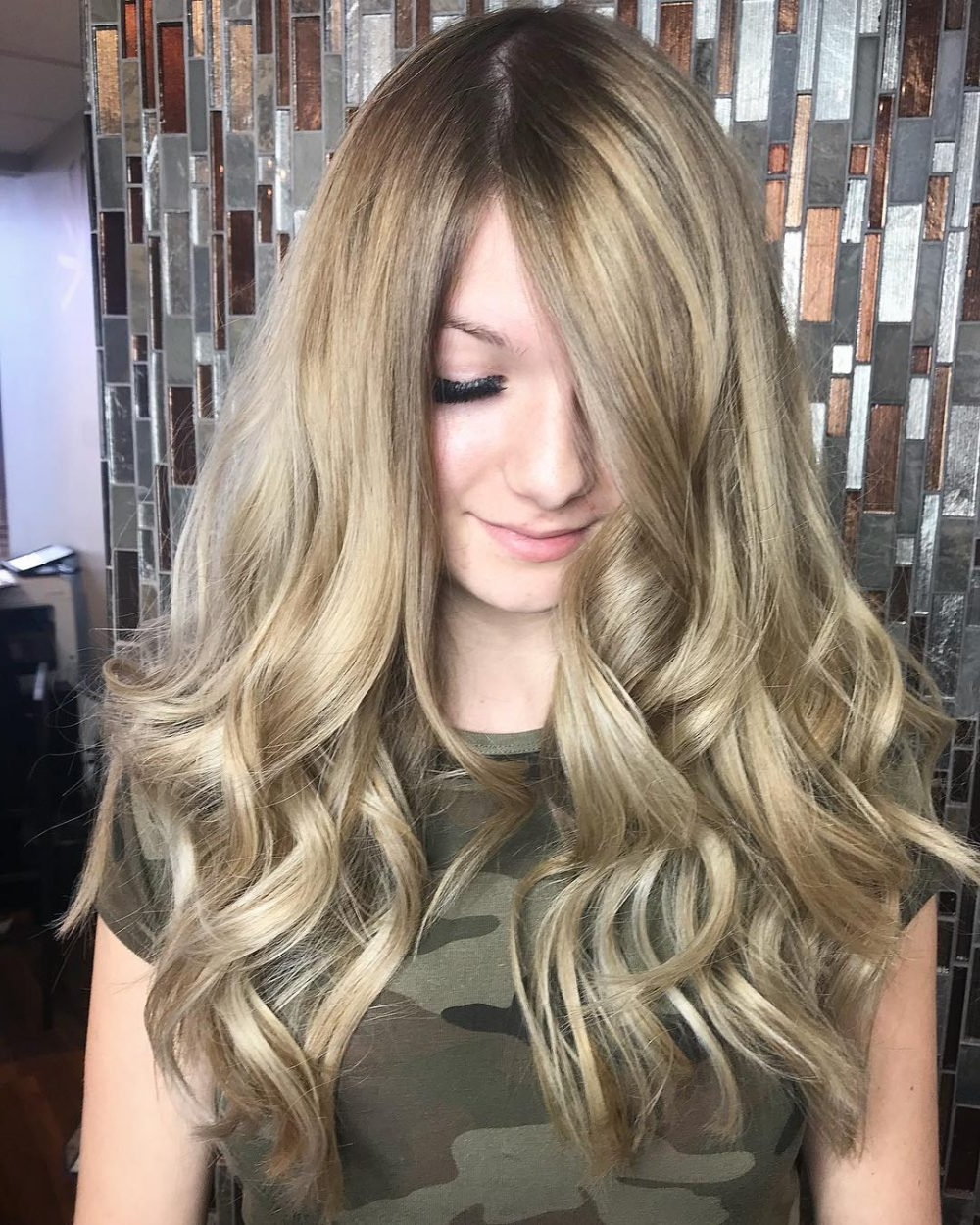 24 Long Wavy Hair Ideas That Are Freaking Hot In 2019 Within Well Known Long Wavy Hairstyles With Horizontal Bangs (Gallery 1 of 20)