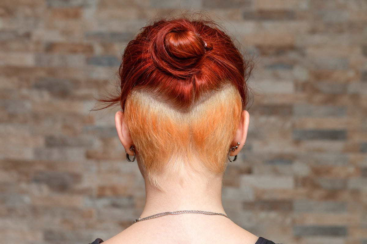 25 Valiant Undercut Hairstyles For Women With Long Hair Regarding Well Known Amber Undercut Hairstyles For Long Face (View 4 of 20)