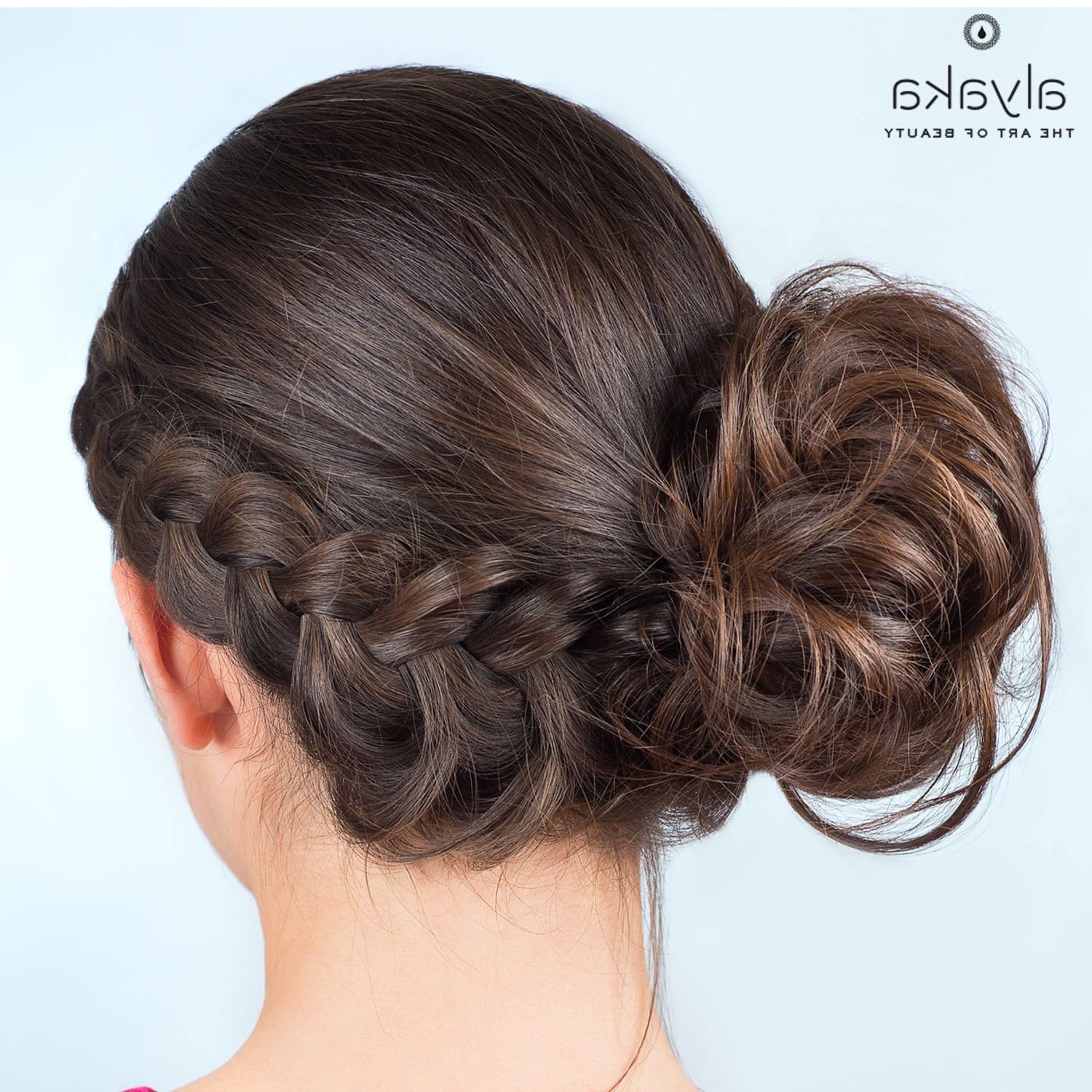Alyaka Inside Well Known Classy Low Bun Hairstyles For Big Foreheads (View 13 of 20)