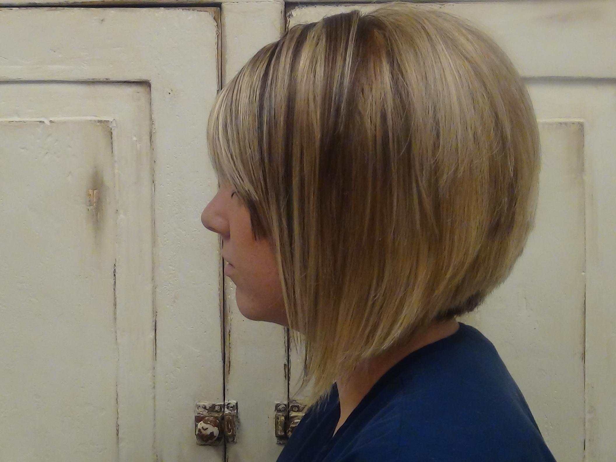 Cut Medium A Line Into Long Hair Haircut (View 10 of 20)