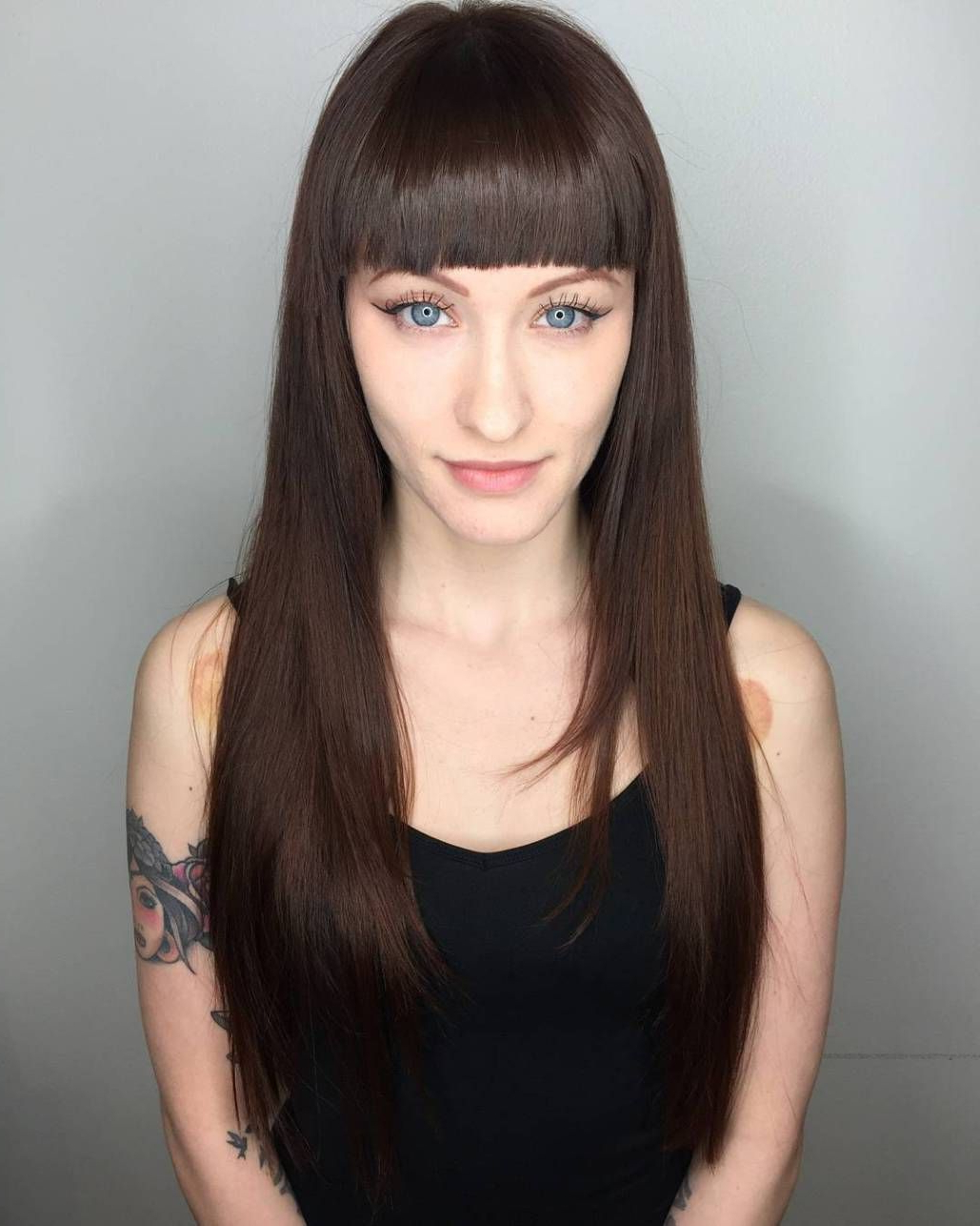 Famous Long Hair And Blunt Bangs Hairstyles For 50 Cute And Effortless Long Layered Haircuts With Bangs (View 8 of 20)