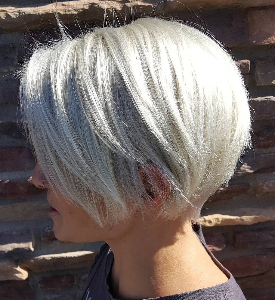 Fashionable Bright And Beautiful Pixie Bob Hairstyles In 70 Cute And Easy To Style Short Layered Hairstyles In  (View 13 of 20)