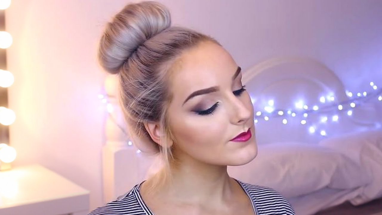 Featured Photo of Classy Low Bun Hairstyles For Big Foreheads