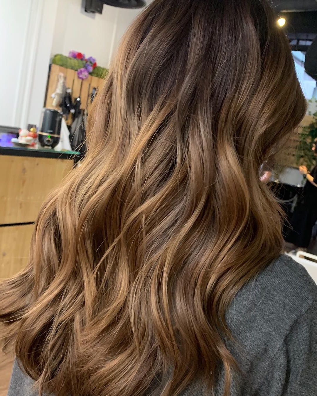Guytangmydentity #hairbesties #metallics #reflective #shiny For Most Up To Date Shiny Tousled Curls Hairstyles (View 7 of 20)