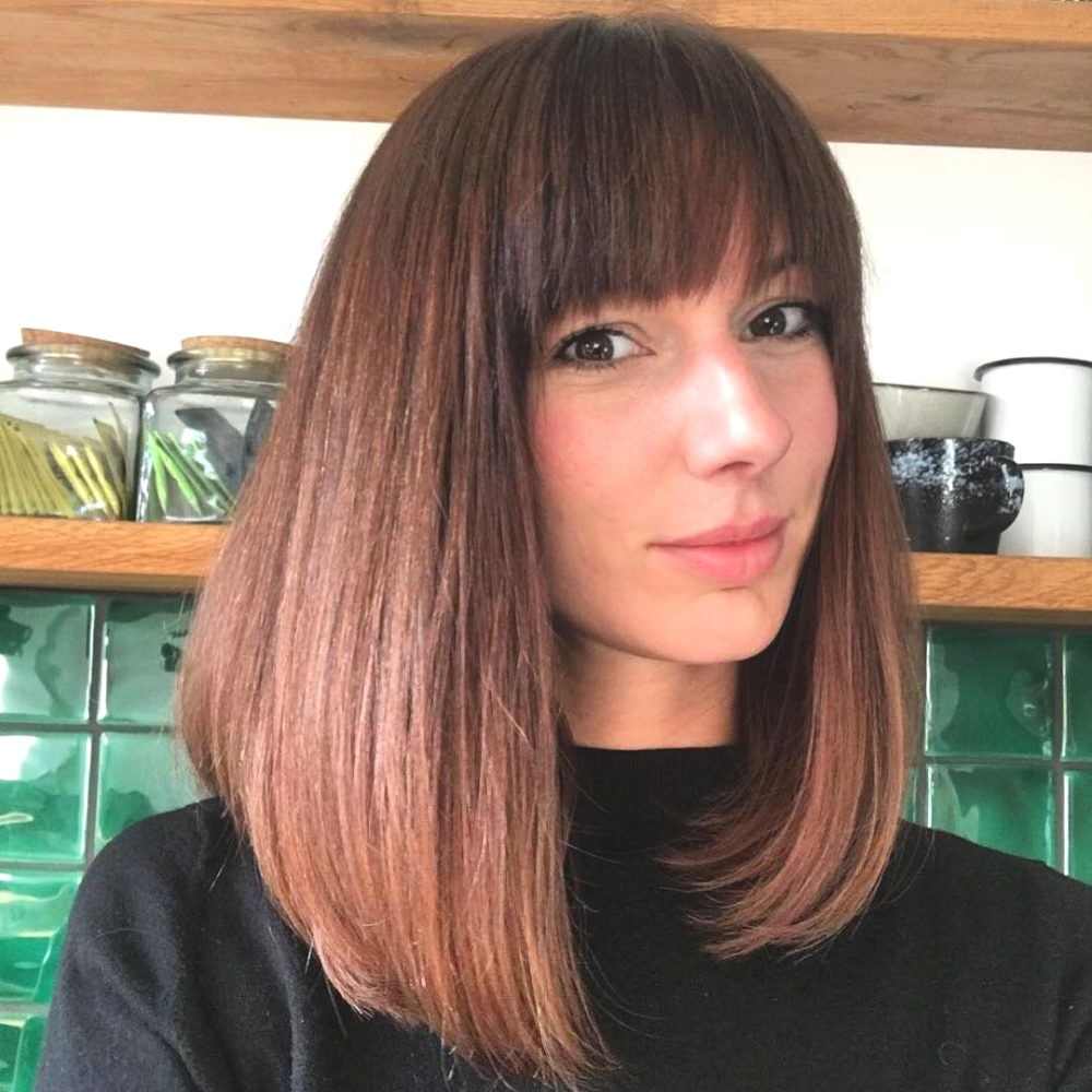 Hairstyles : Medium Straight Bob Glamorous 40 Gorgeous And Easy To In Well Liked Glamorous Medium Haircuts (View 16 of 20)