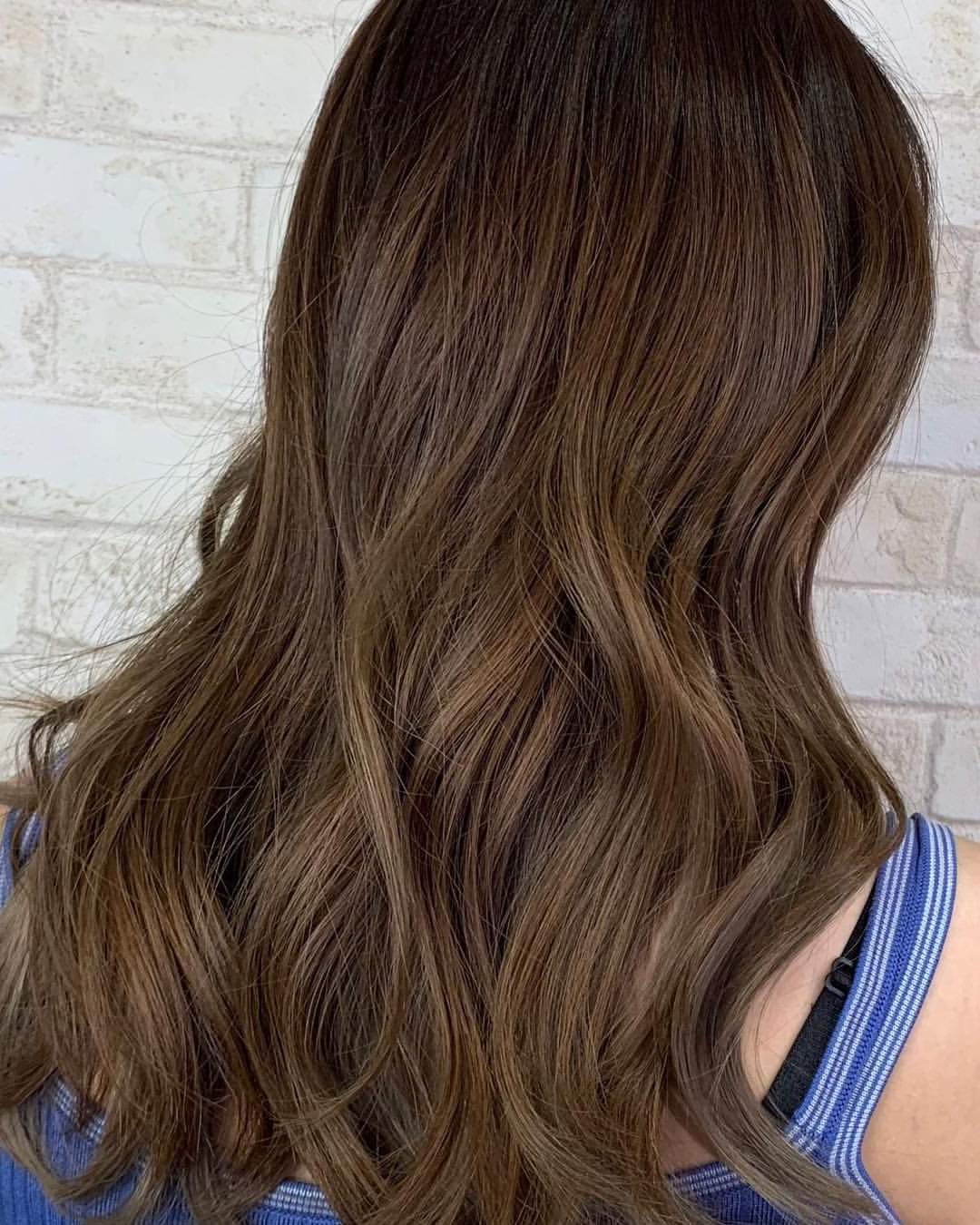Newest Shiny Tousled Curls Hairstyles Inside Guytangmydentity #hairbesties #metallics #reflective #shiny (View 11 of 20)
