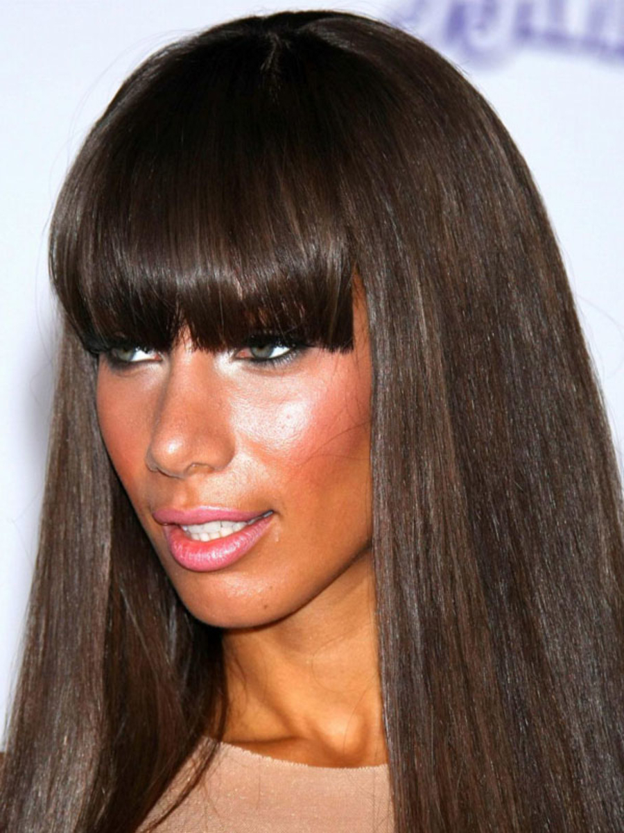 Popular Long Hair And Blunt Bangs Hairstyles With The Best (And Worst) Bangs For Long Face Shapes – The Skincare Edit (View 14 of 20)