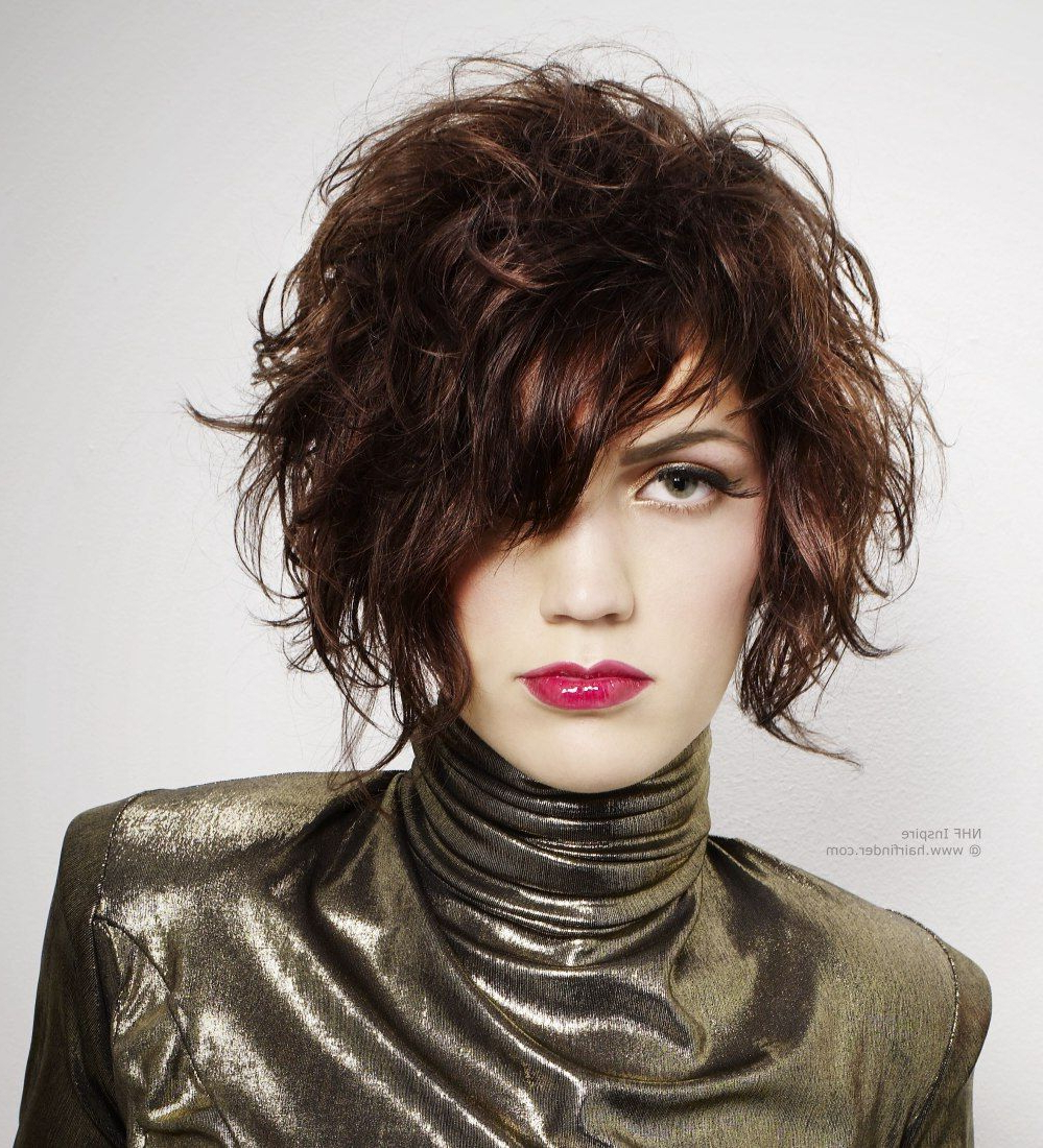 Short Wavy Throughout Well Known Shiny Tousled Curls Hairstyles (View 14 of 20)