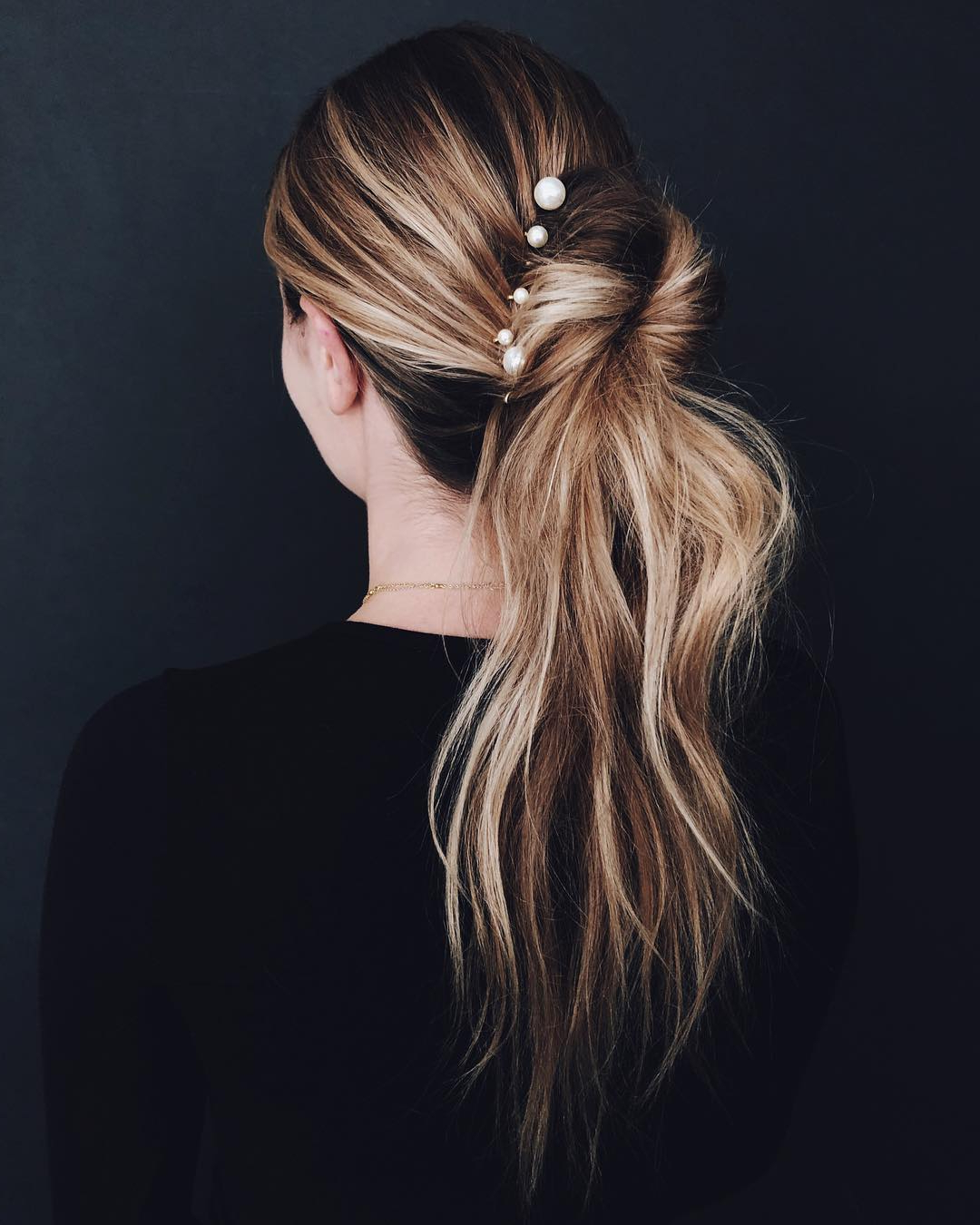 This '90s Hair Trend Is Taking Over Pinterest—here's How To Wear It Intended For Best And Newest Graded Ponytail Hairstyles With A Butterfly Clasp (View 8 of 20)