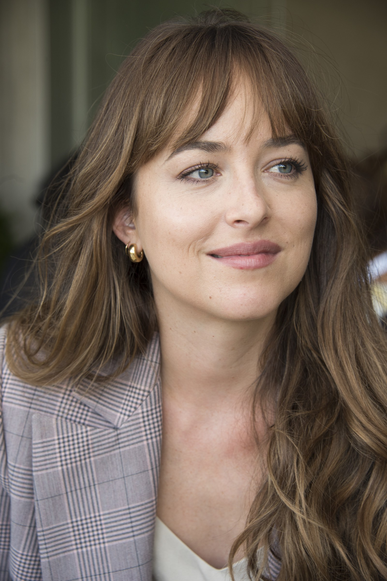 Well Known Low Key Curtain Bangs Hairstyles With Regard To I'm Low Key Stalking Dakota Johnson's Hair (View 7 of 20)