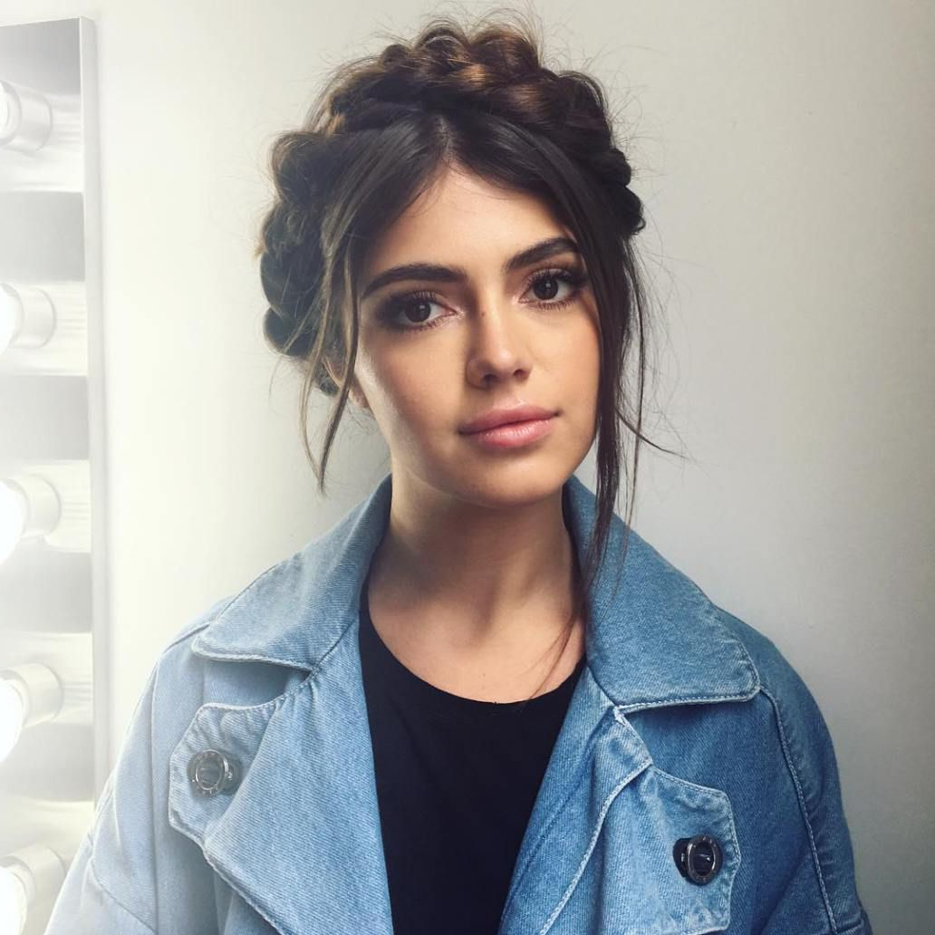 20 Date Night Hair Ideas To Capture All The Attention Pertaining To Newest Messy Crown Braided Hairstyles (View 2 of 20)