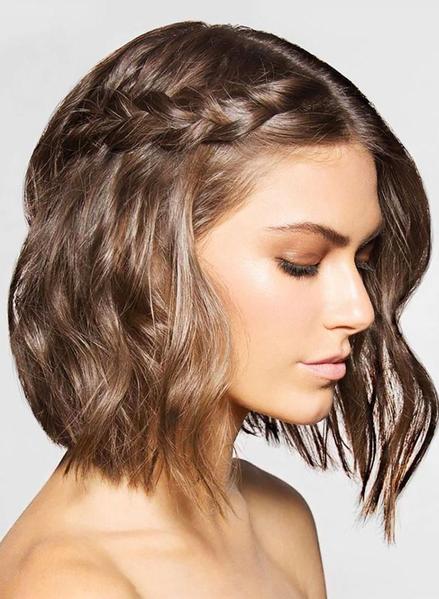 20 Gorgeous Hairstyles To Wear This Holiday Season (View 1 of 20)
