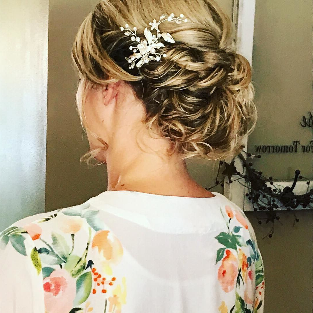 20 Killer Romantic Wedding Updos For Medium Hair In Best And Newest Romantic Florals Updo Hairstyles (View 2 of 20)