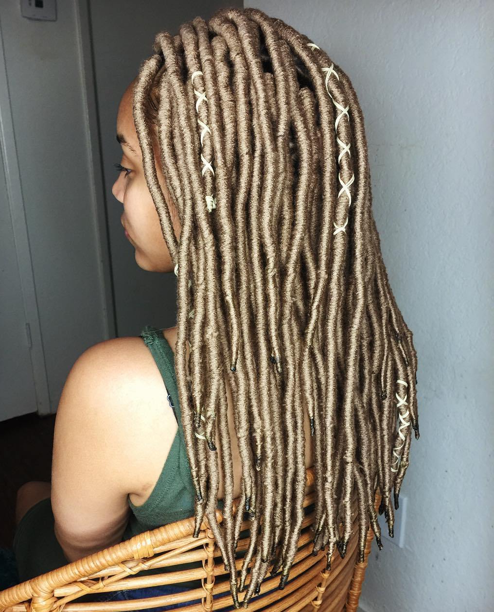 20 Playful Ways To Wear Yarn Dreads Intended For Best And Newest Long Braids With Blue And Pink Yarn (View 15 of 20)