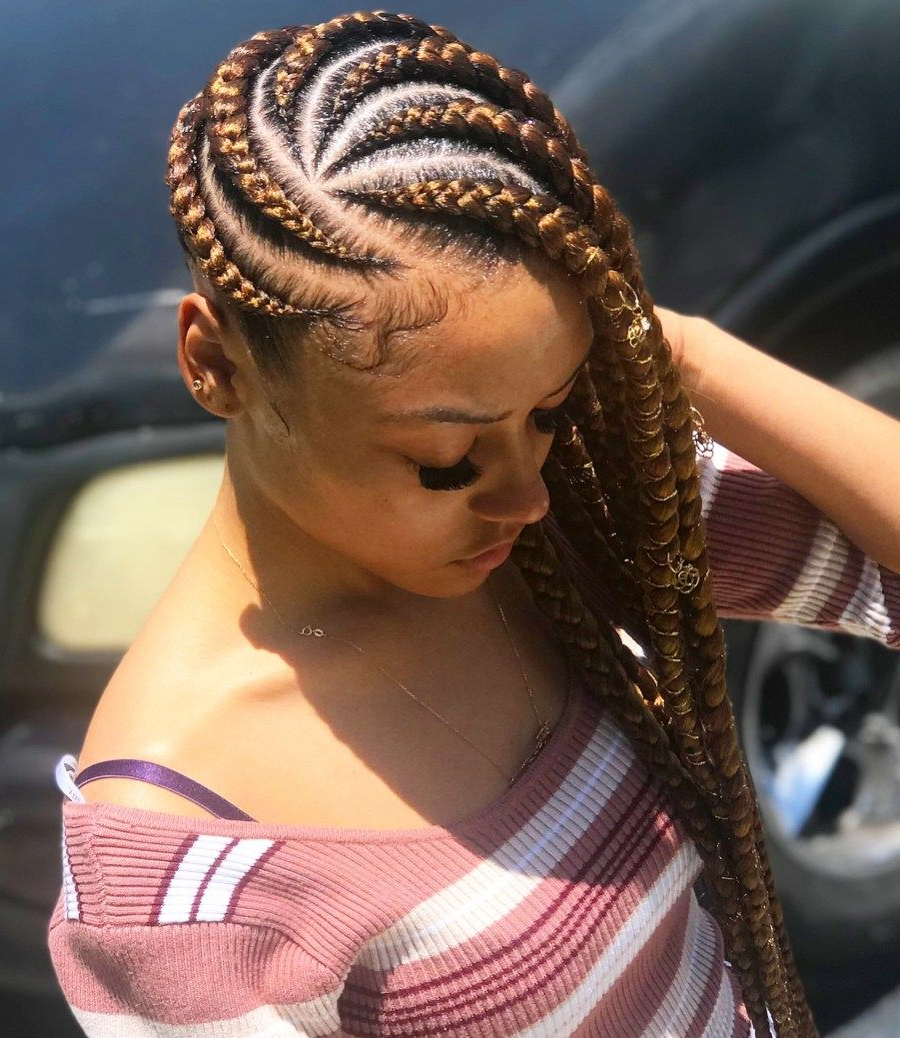 25 Charming Lemonade Braids To Rock Your Appearance Intended For Favorite Classic Style Lemonade Braided Hairstyles (View 19 of 20)