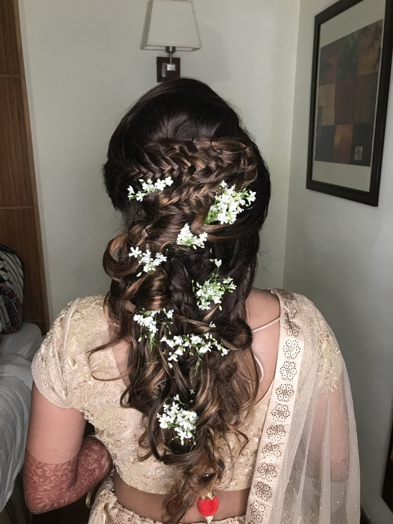 30 Best Indian Bridal Hairstyles Trending This Wedding In Well Known Mermaid Fishtail Hairstyles With Hair Flowers (View 16 of 20)