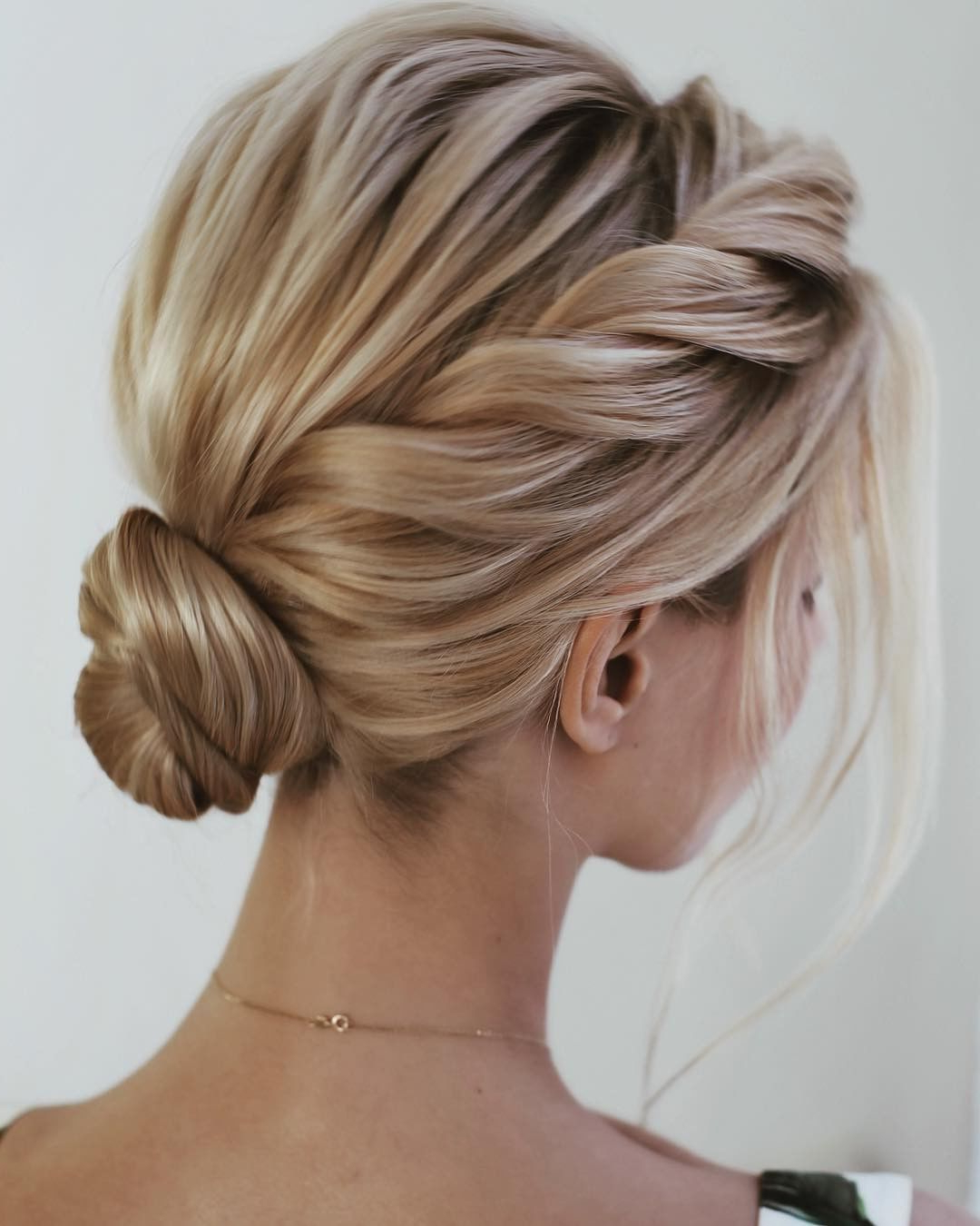 55 Easy Updos To Look Effortlessly Chic Within Most Current Side Swept Braid Updo Hairstyles (View 12 of 20)