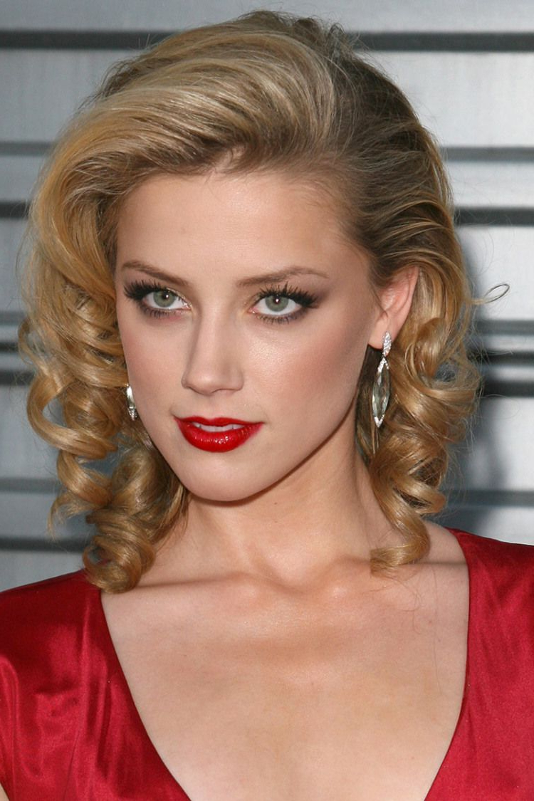 70 Brightest Medium Layered Haircuts To Light You Up Inside Fashionable Retro Curls Hairstyles (View 4 of 20)
