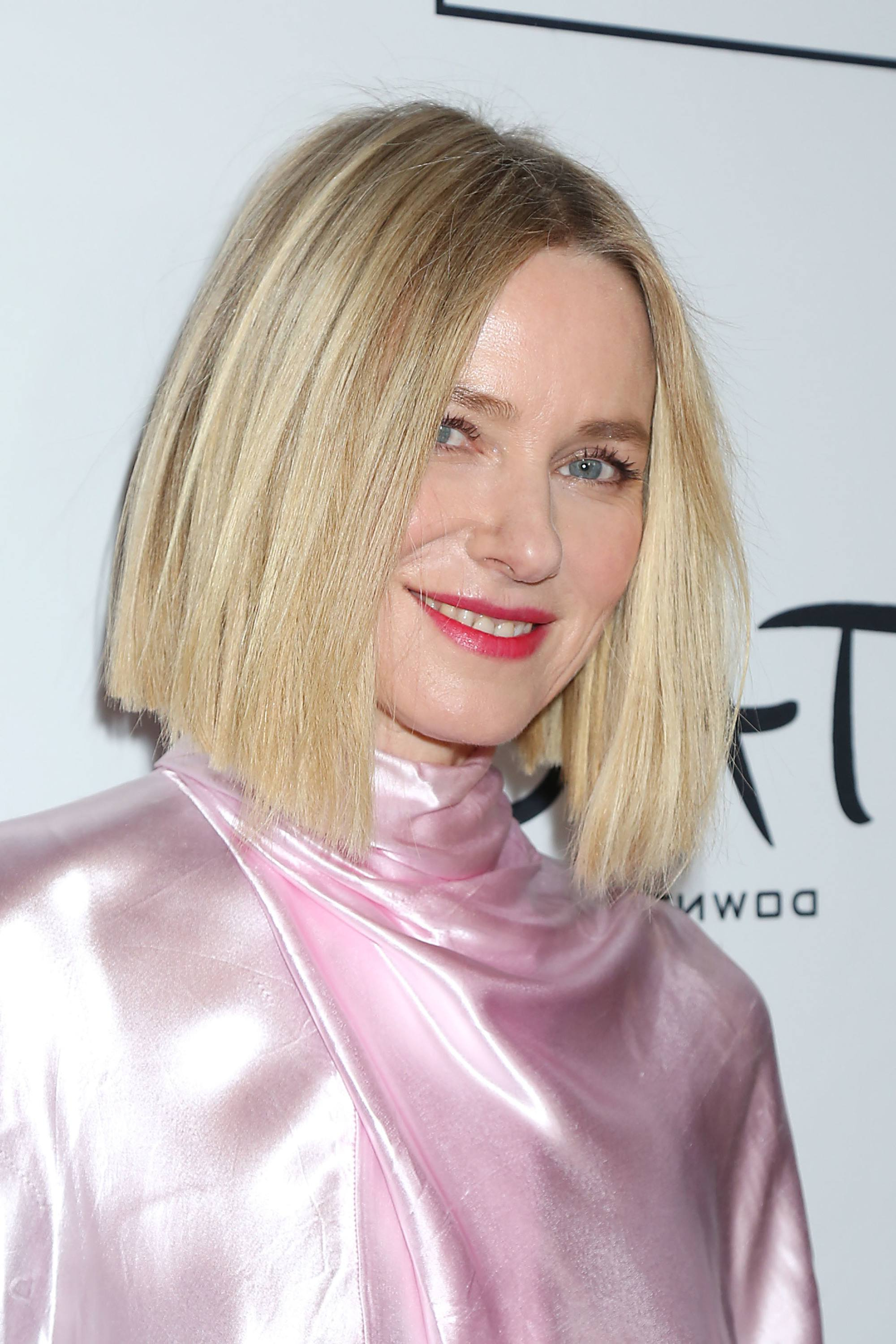 8 Best Angled Bob Haircuts And Hairstyles (View 17 of 20)