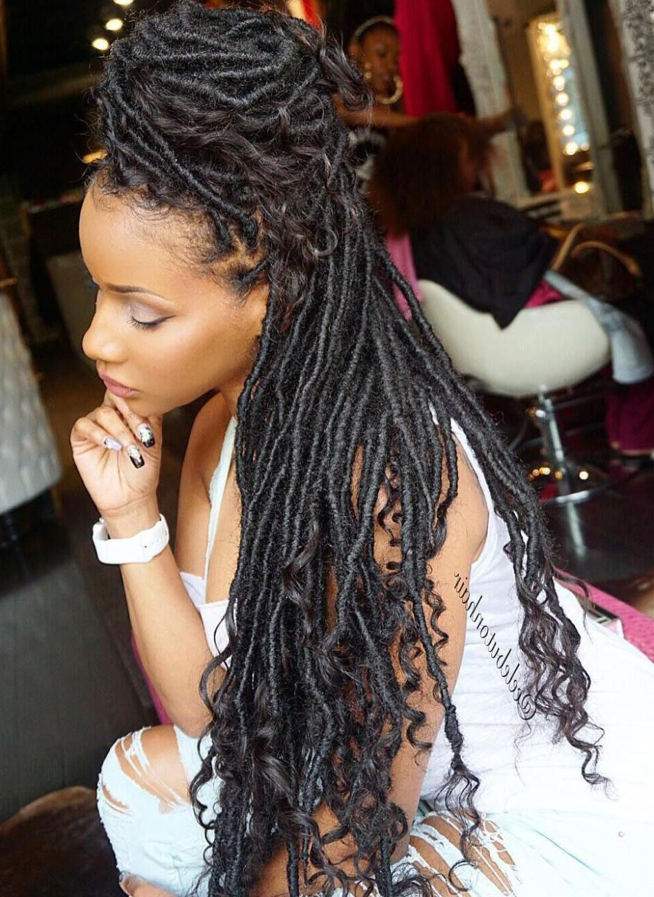 Best And Newest Half Up Buns Yarn Braid Hairstyles Within 40 Fabulous Funky Ways To Pull Off Faux Locs (View 7 of 20)