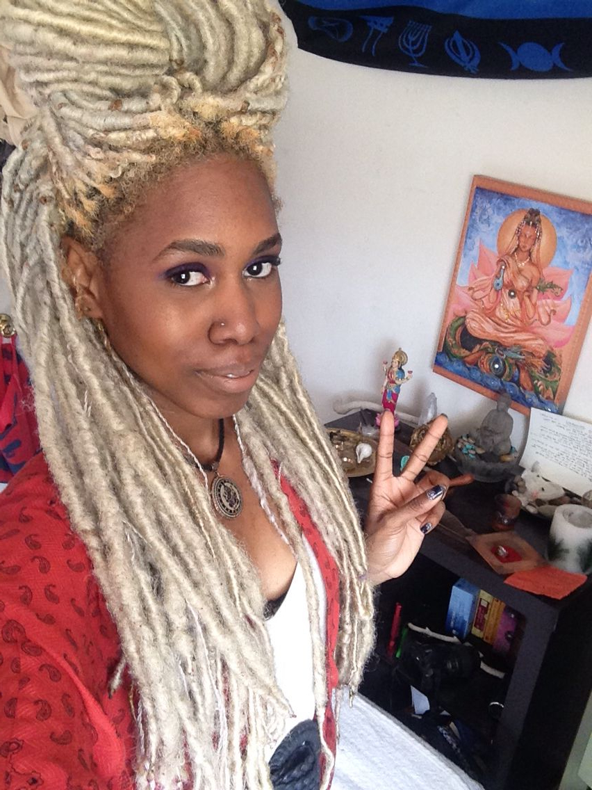 Blonde Faux Locs (View 5 of 20)