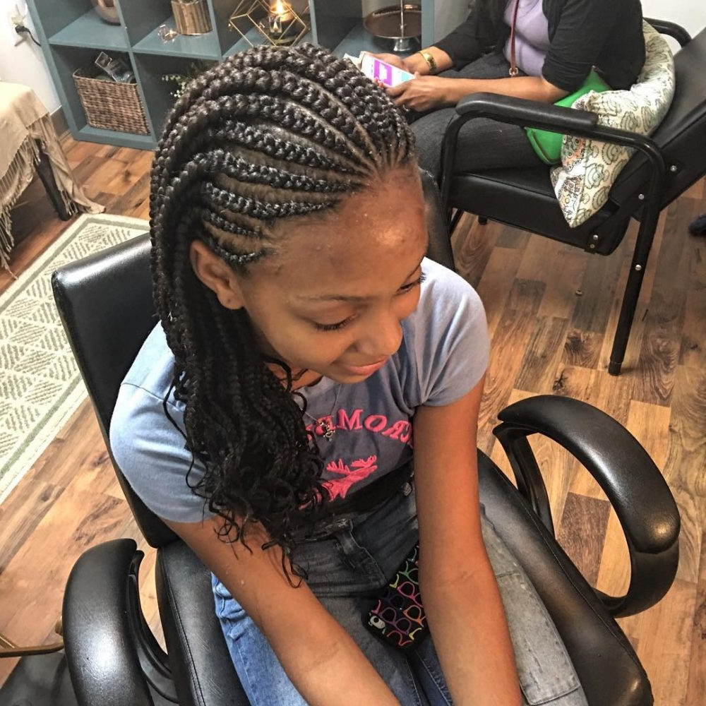 Box Braids Hairstyles – These Are The Hottest Ideas For 2019 Within Recent Dookie Braid Bump Hairstyles (View 15 of 20)