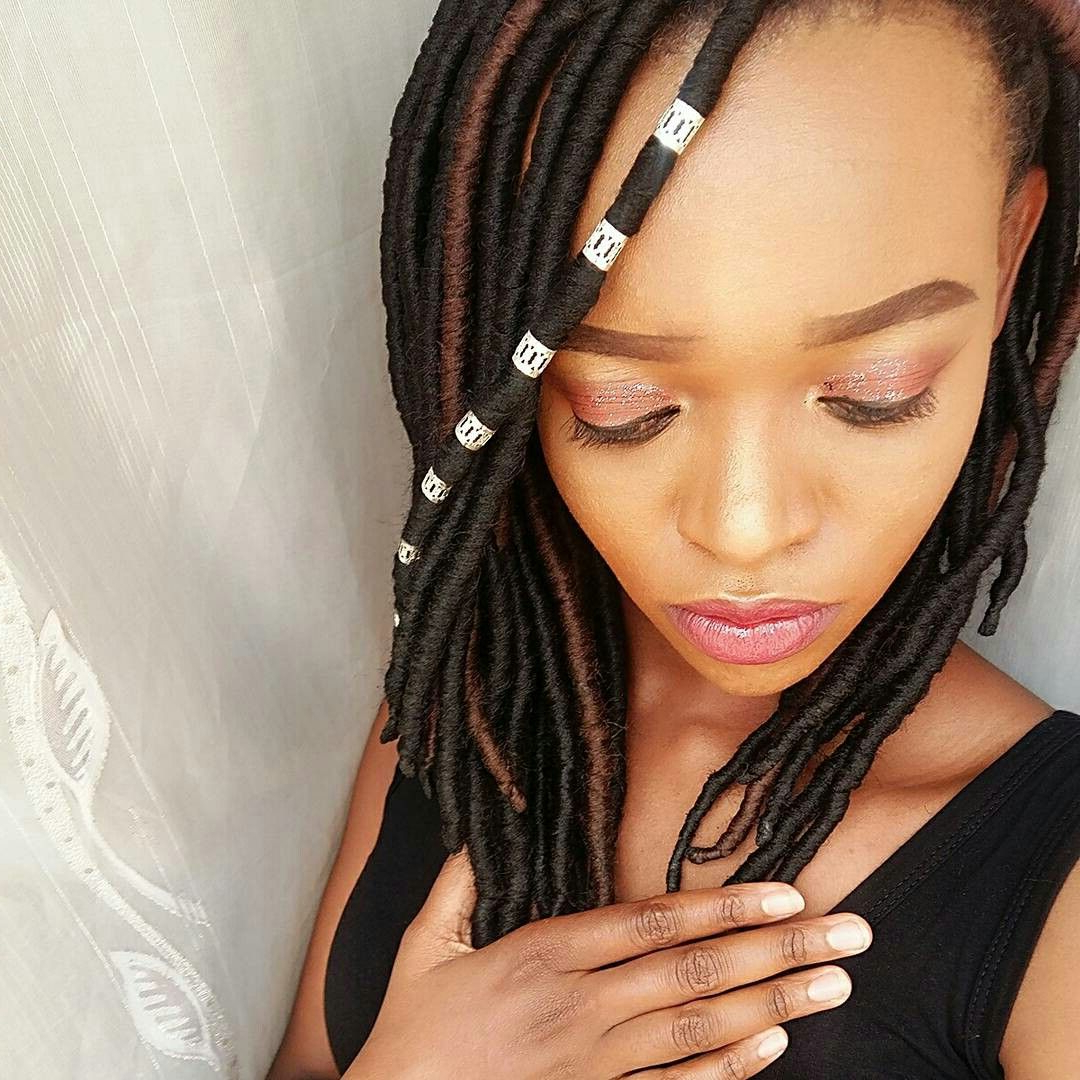 Brazilian Wool Faux Locs #brazilianwool #fauxlocs #yarnlocs Intended For Most Up To Date Side Swept Yarn Twists Hairstyles (View 5 of 20)