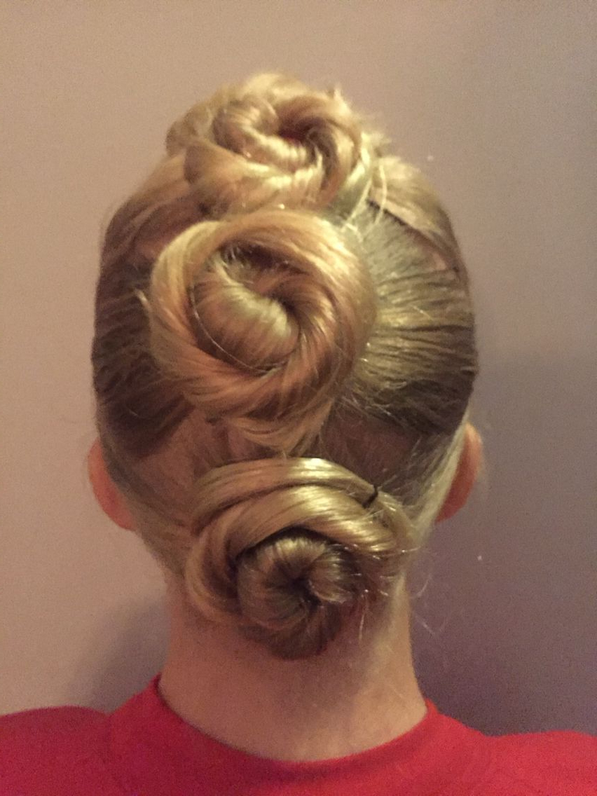 Creative Row Of Tight Buns – Looks A Bit Like A Cinnamon In Recent Cinnamon Bun Braided Hairstyles (View 9 of 20)