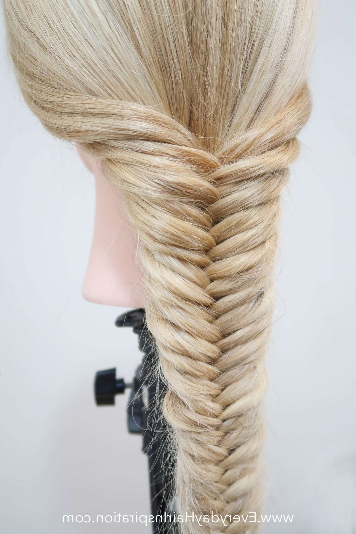 Favorite Rope And Fishtail Braid Hairstyles In How To Fishtail Braid – Everyday Hair Inspiration – Fishtail (View 7 of 20)