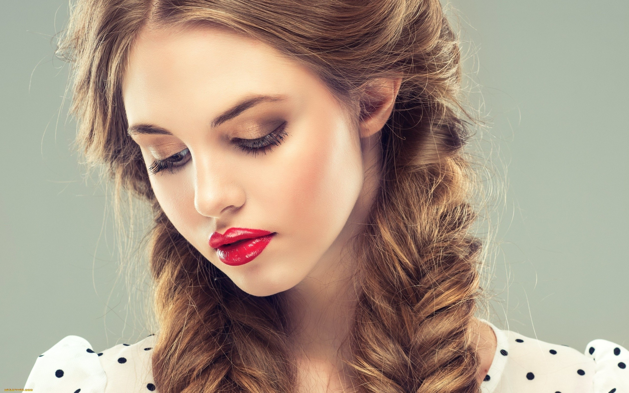 Favorite Side Swept Carousel Braided Hairstyles Throughout 31 Cute And Elegant Braided Hairstyles For Women – Haircuts (View 11 of 20)