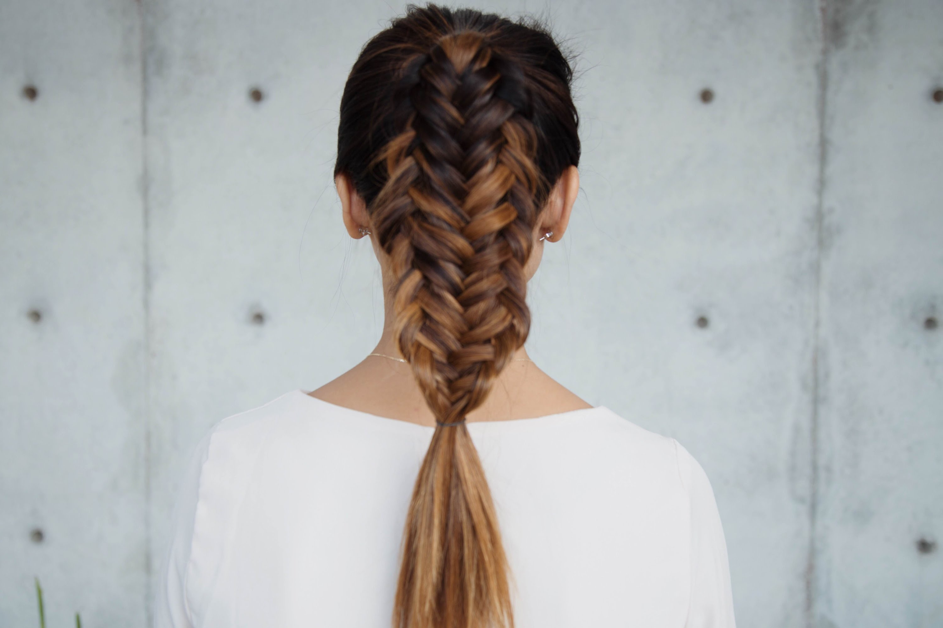 Fishtail Braid: Top 25 Beautiful Fishtail Braids Throughout Preferred Mermaid Fishtail Hairstyles With Hair Flowers (View 12 of 20)