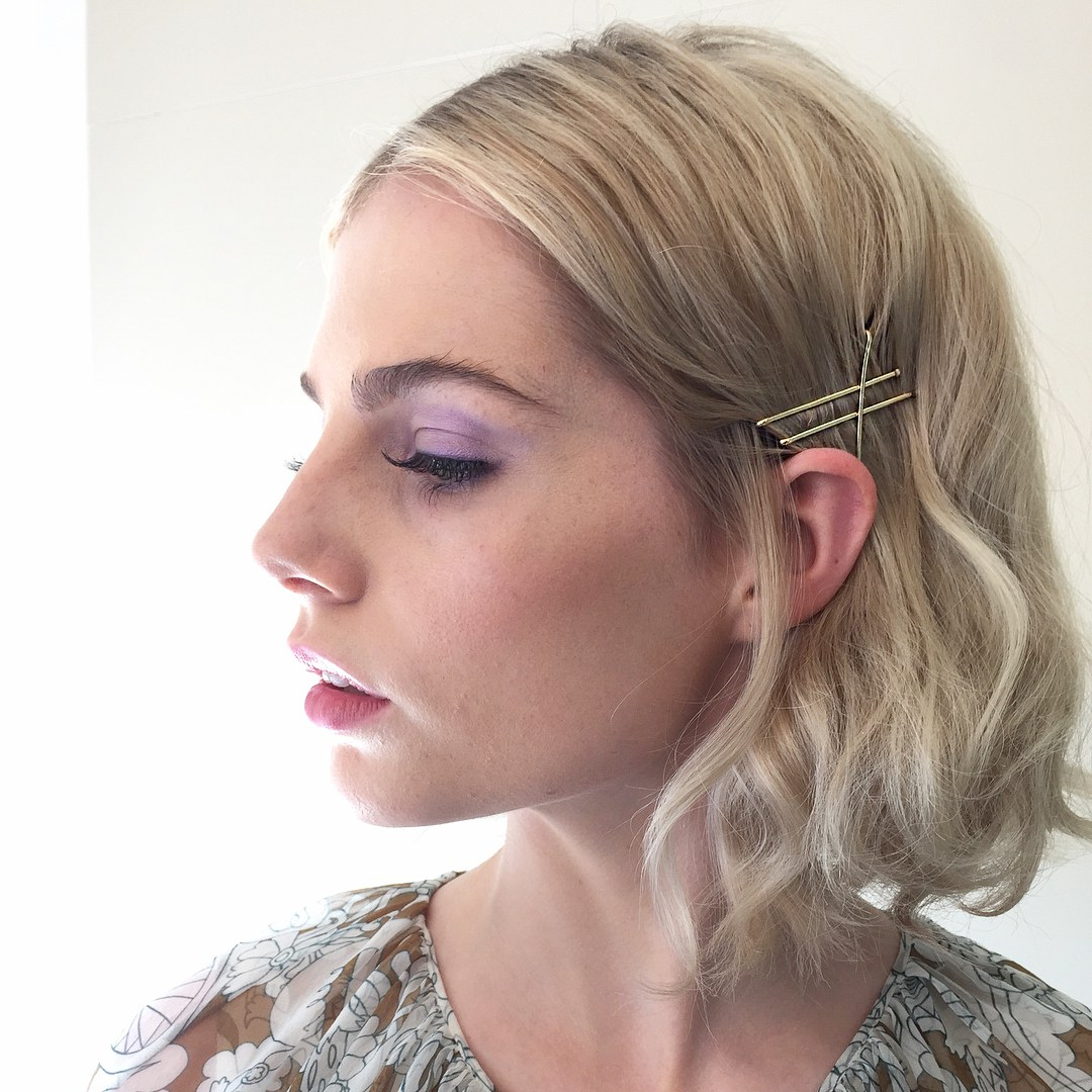 Glamour With Regard To 2020 Pinned Back Side Hairstyles (View 11 of 20)