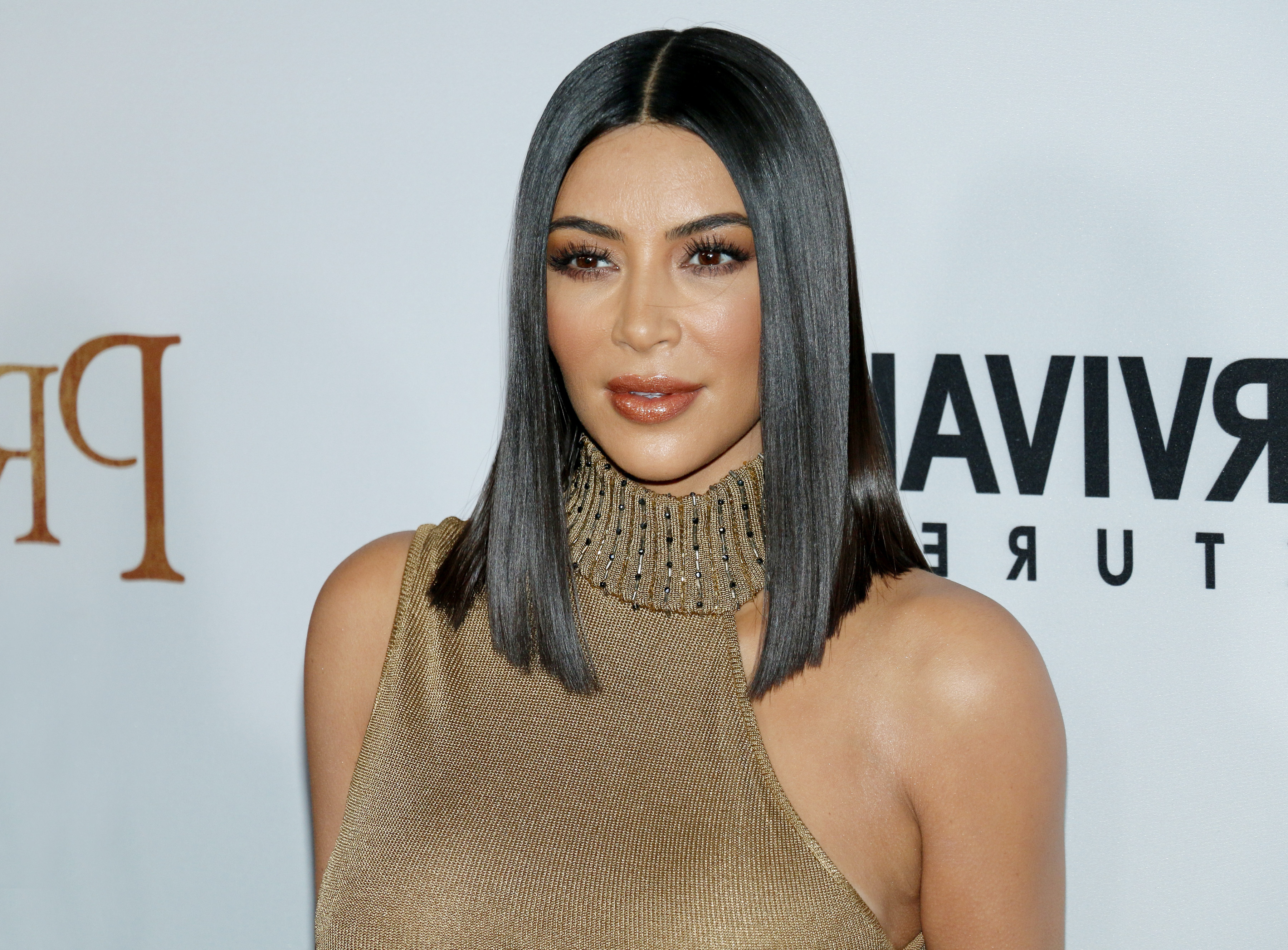 Great Hair Here! Kim Kardashian – Sleek Straight Black Lob In Most Recent Straight And Sleek Hairstyles (View 6 of 20)