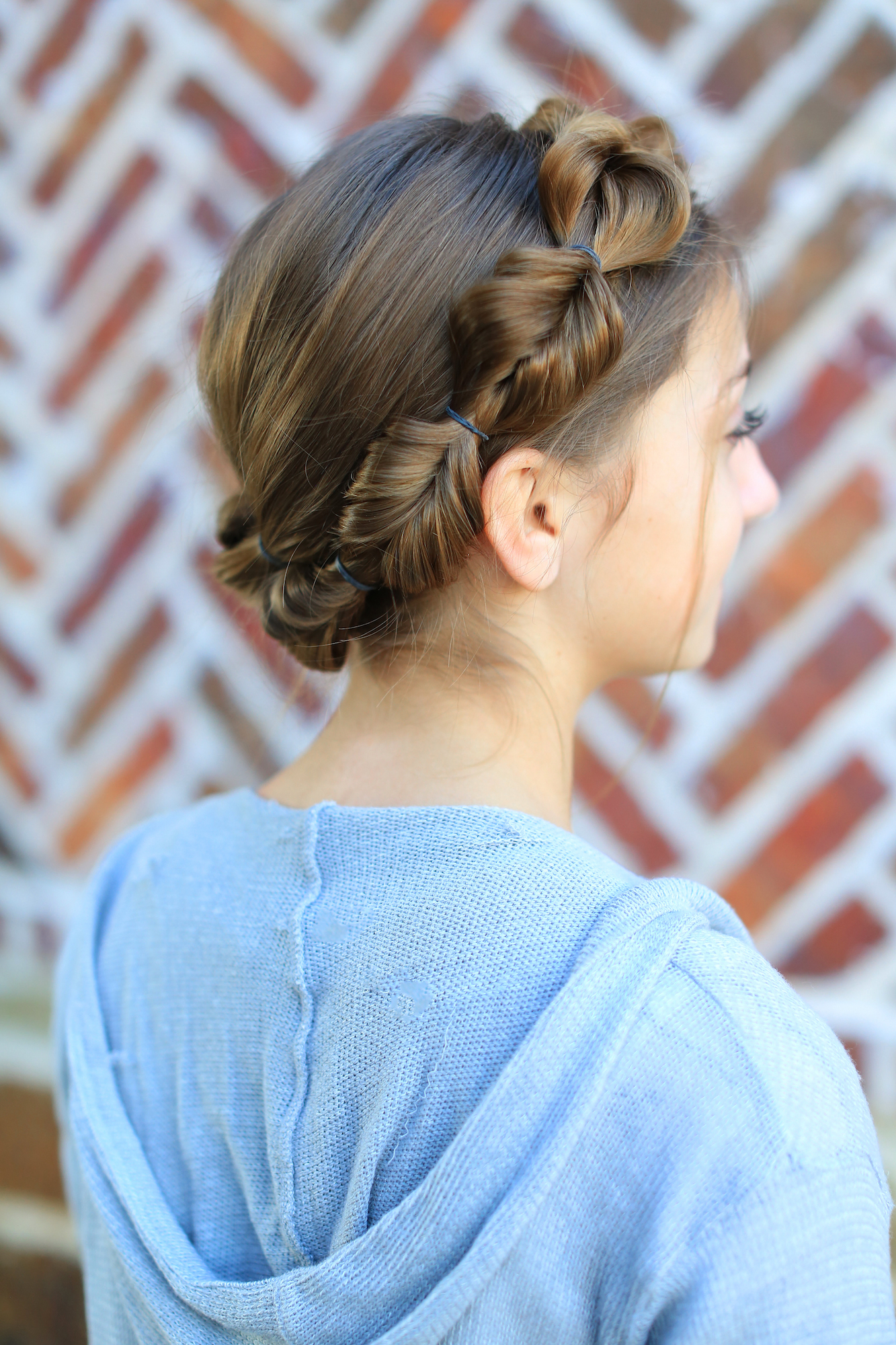 How To Create A Faux Fishtail Crown Braid (View 9 of 20)