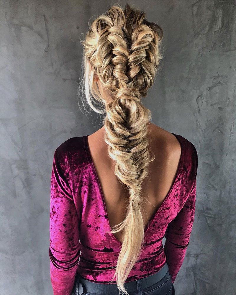 Latest Oversized Fishtail Braided Hairstyles With Fishtail Braid Styles Tutorials Tips And Tricks For Fall (View 18 of 20)