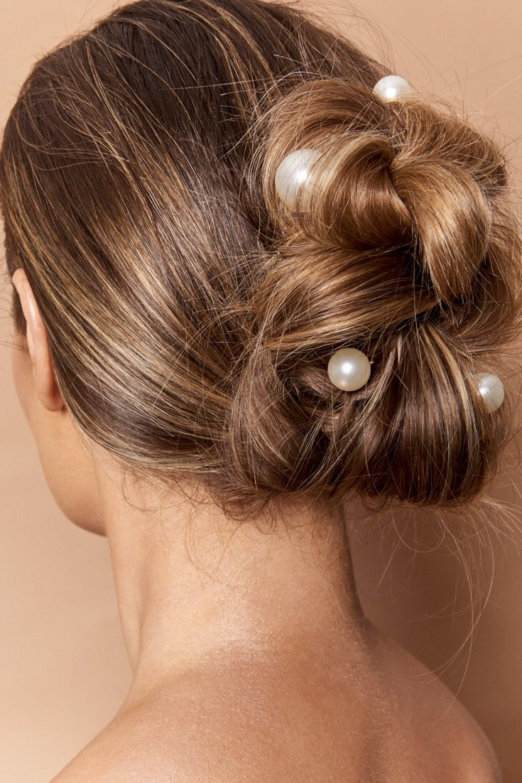 Featured Photo of Pearl Bun Updo Hairstyles