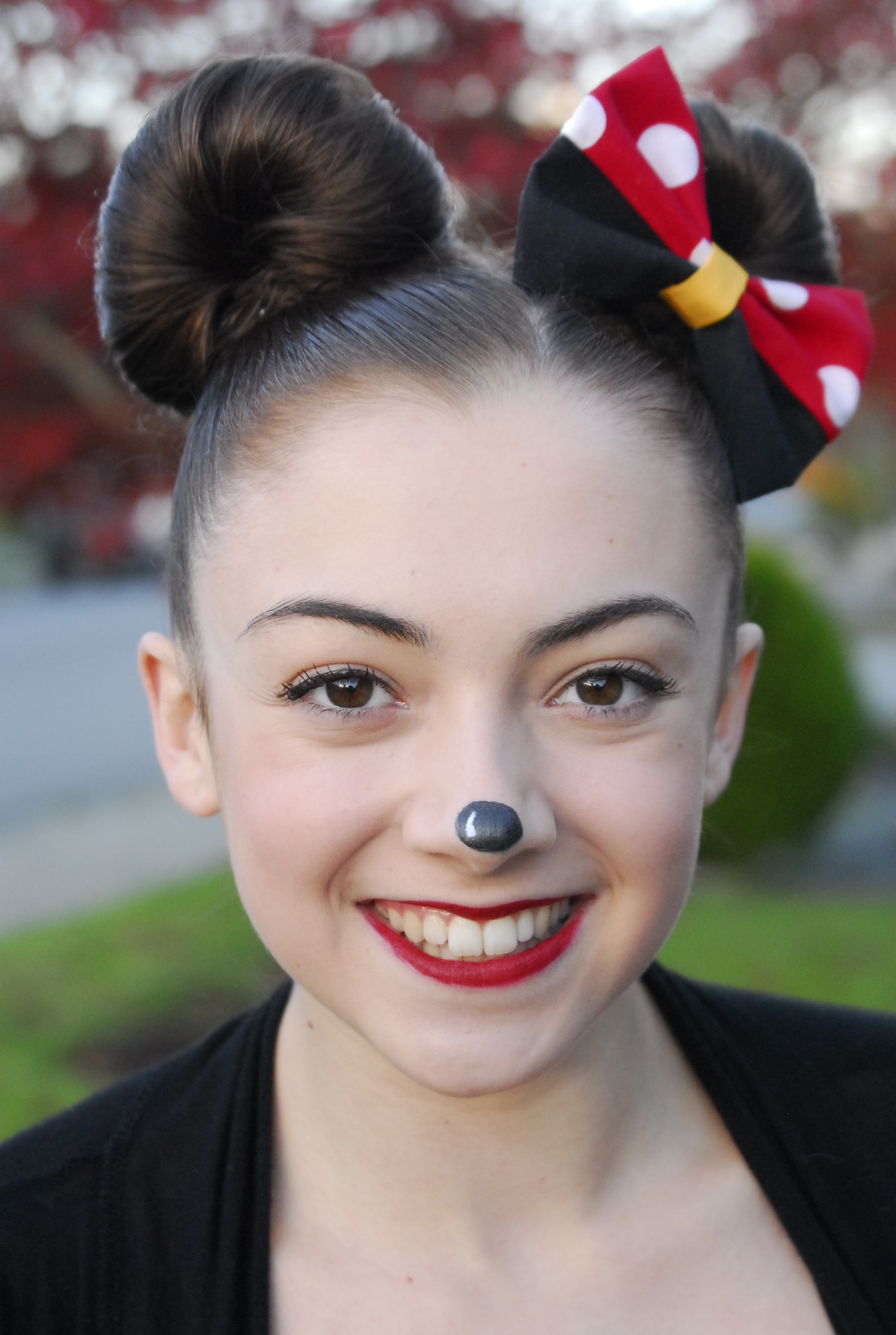Minnie Mouse (View 19 of 20)
