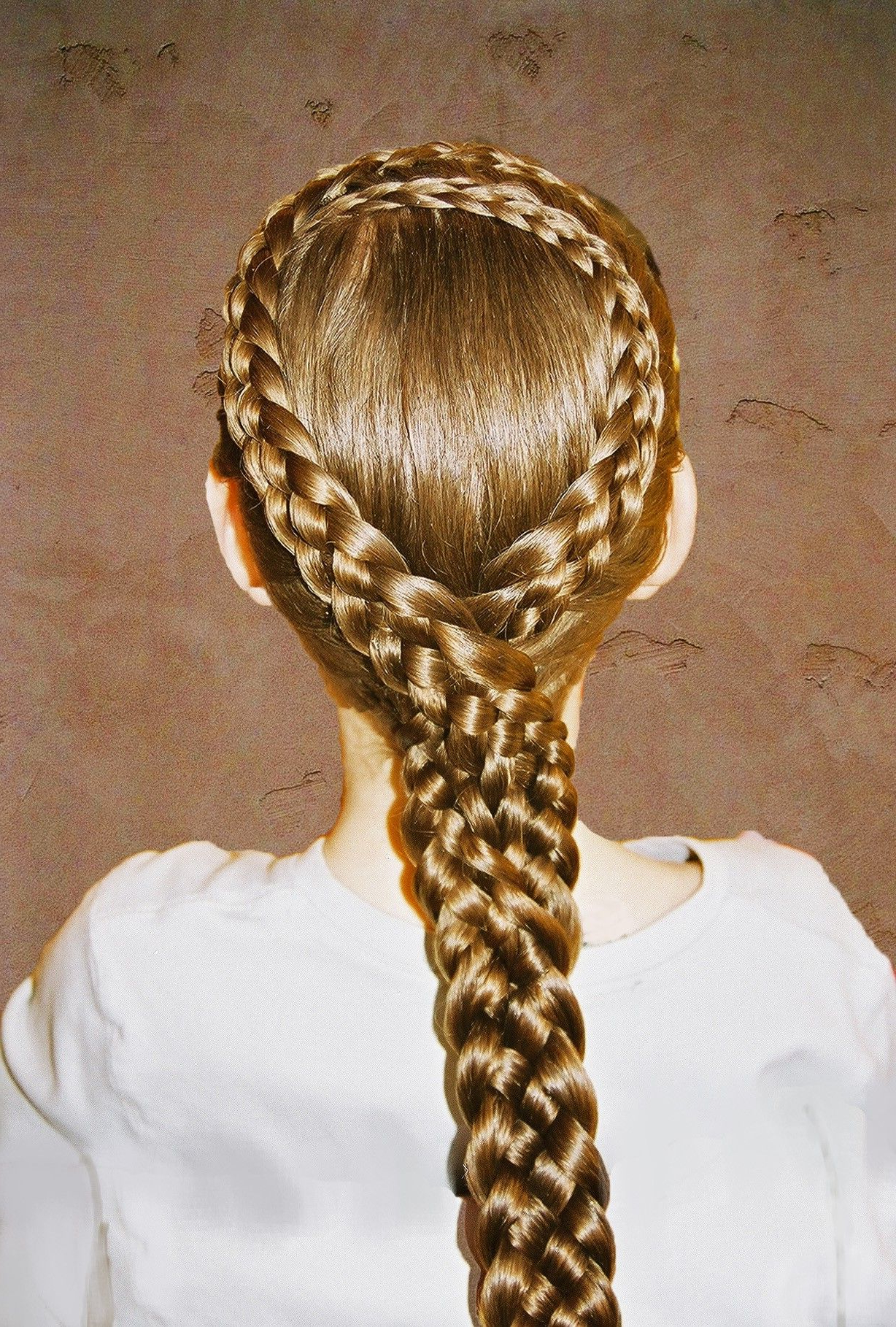 Most Popular Mermaid Inception Braid Hairstyles With Regard To Diy 2014 Five Strand Dutch Lace Teardrop Braid Hairstyles (View 12 of 20)