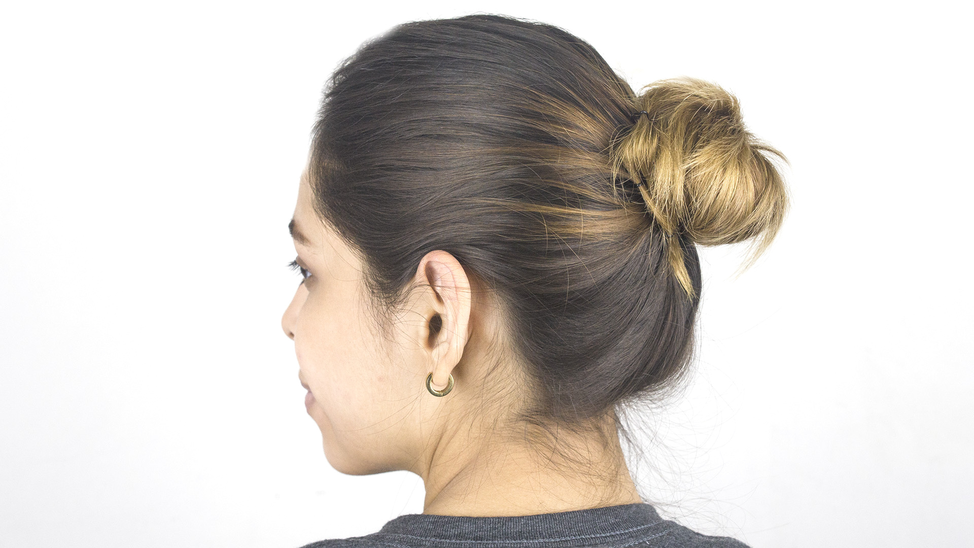 Most Recently Released Mini Buns Hairstyles With Fashion : Bun Hairstyles The Best Of 5 Summer Mini Bun (View 16 of 20)