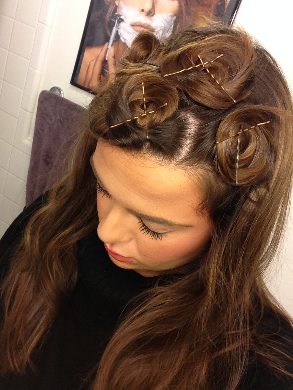 Most Up To Date Pinned Curls Hairstyles With How To Curl Straight Hair Overnight, Without Using Any (View 6 of 20)